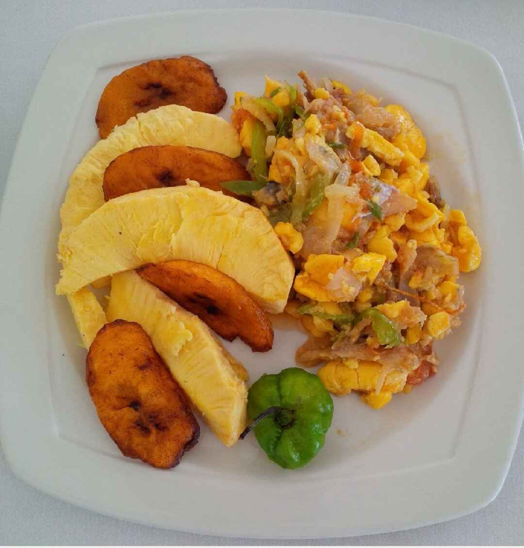 Akee with Fry Breadfruit