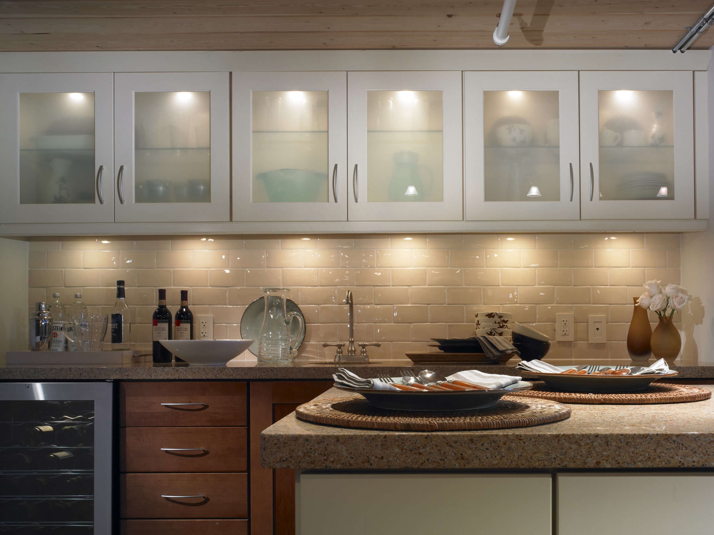 Control One Or All Of These Kitchen Lights Easily -