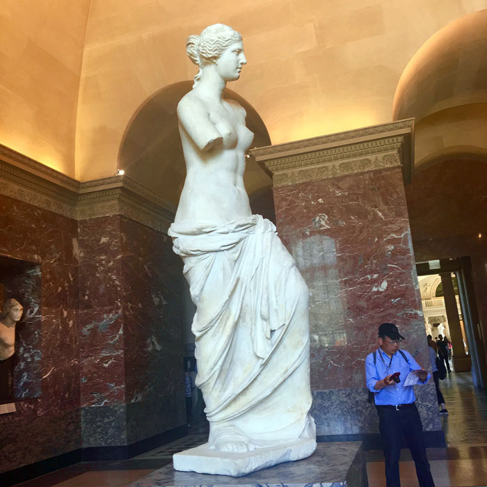 Venus De Milo, goddess of love and beauty — rocking thick hips for multiple millennia