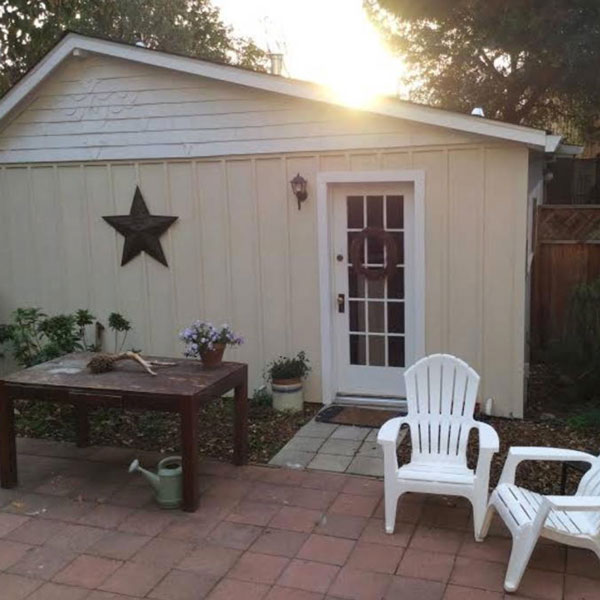 Farmhouse Cottage Airbnb Napa