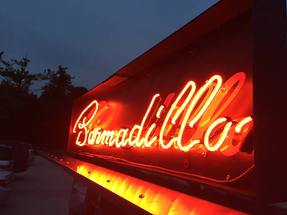 neon bar sign.jpg