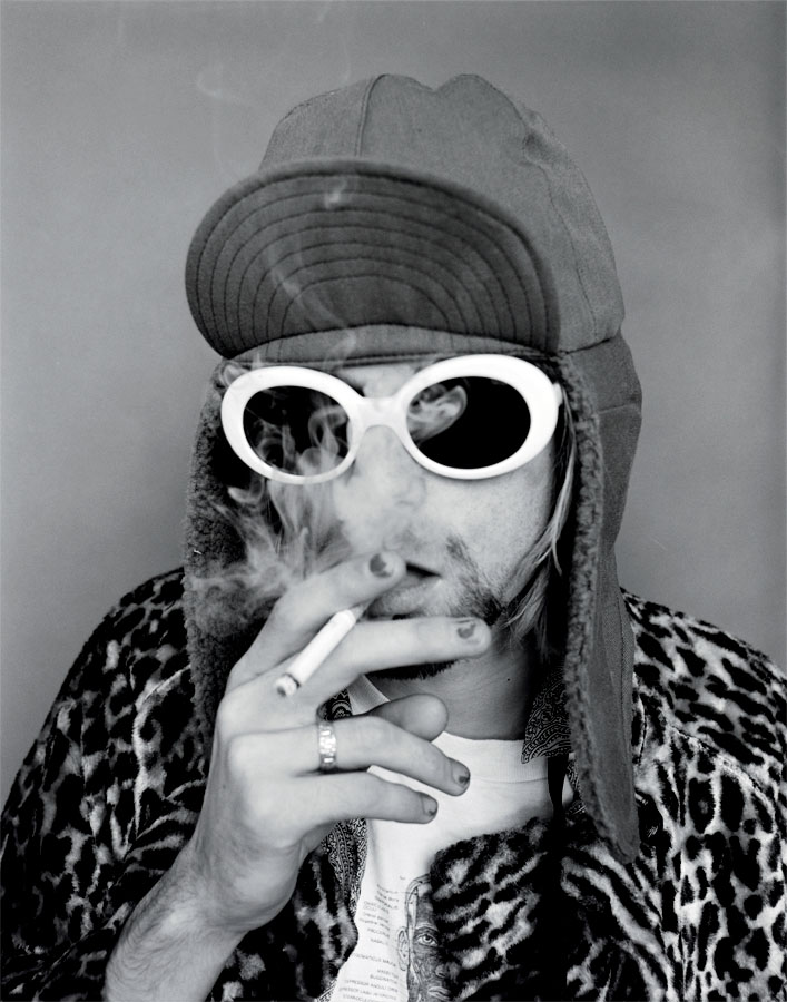 Kurt_Pink_Smoking_BW_forpo-copy.jpg