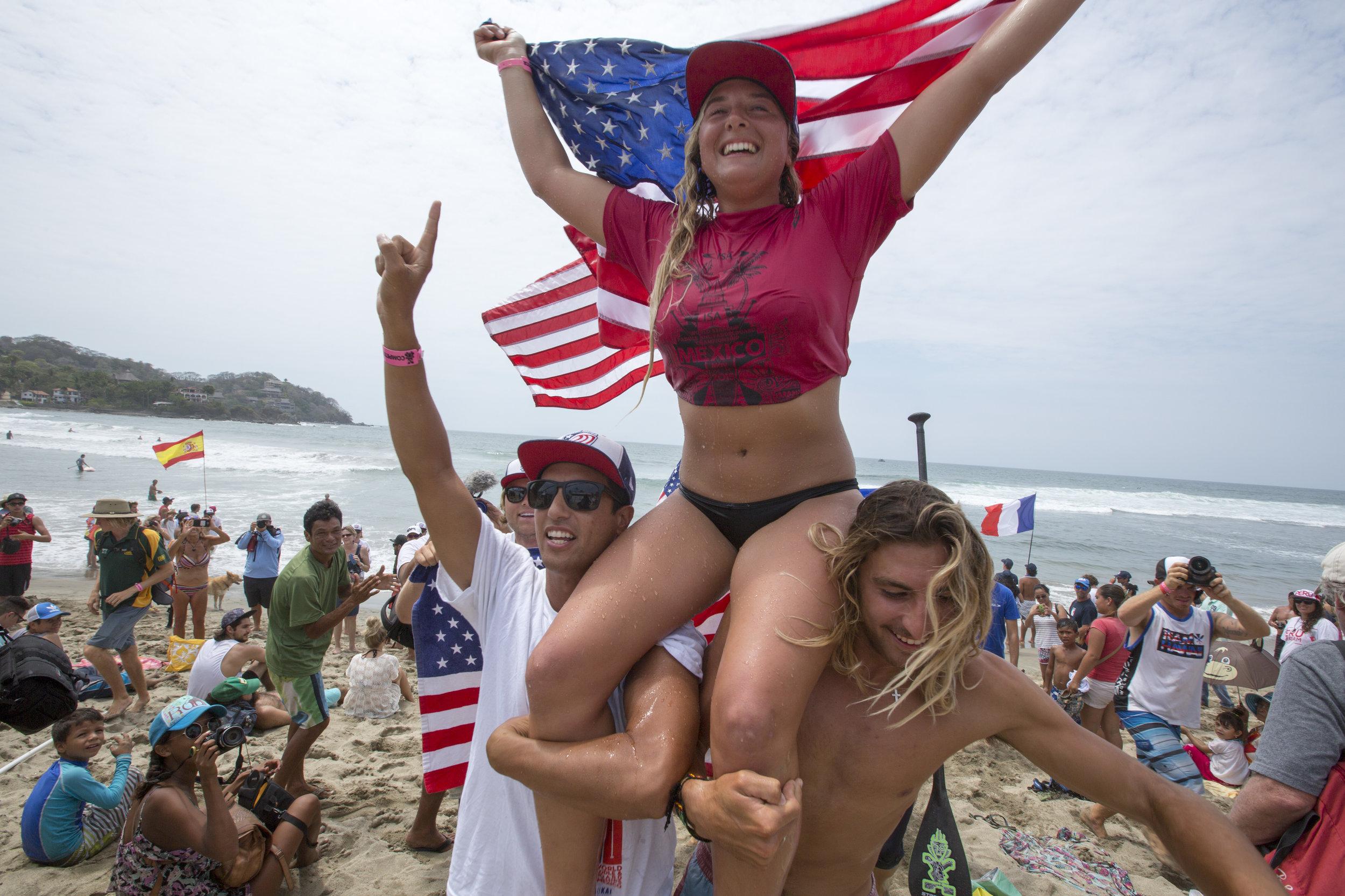 Izzi Gomez - USASUP Surfing
