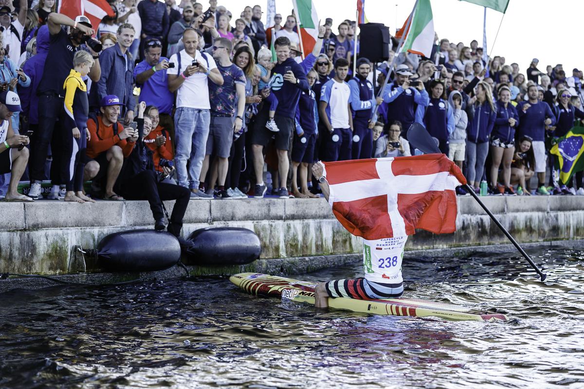 Endelig kunne Casper Steinfath strække armene mod himlen som afslutning på en fantastisk weekend i København. Foto: ISA / Ben Reed