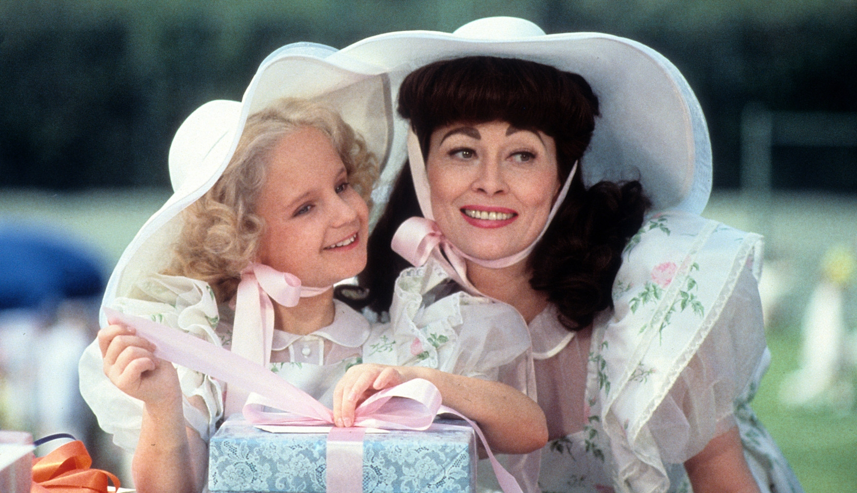 Faye Dunaway and Mara Hobel in  Mommie Dearest