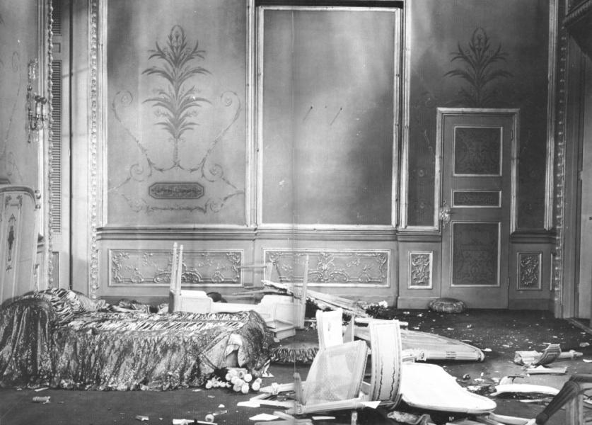 Trashed hotel suite at the St. Francis Hotel, 1921