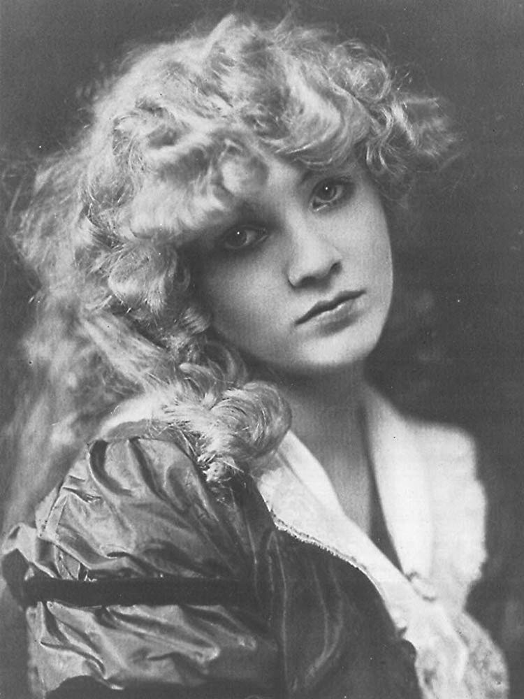 Mary Miles Minter c. 1919