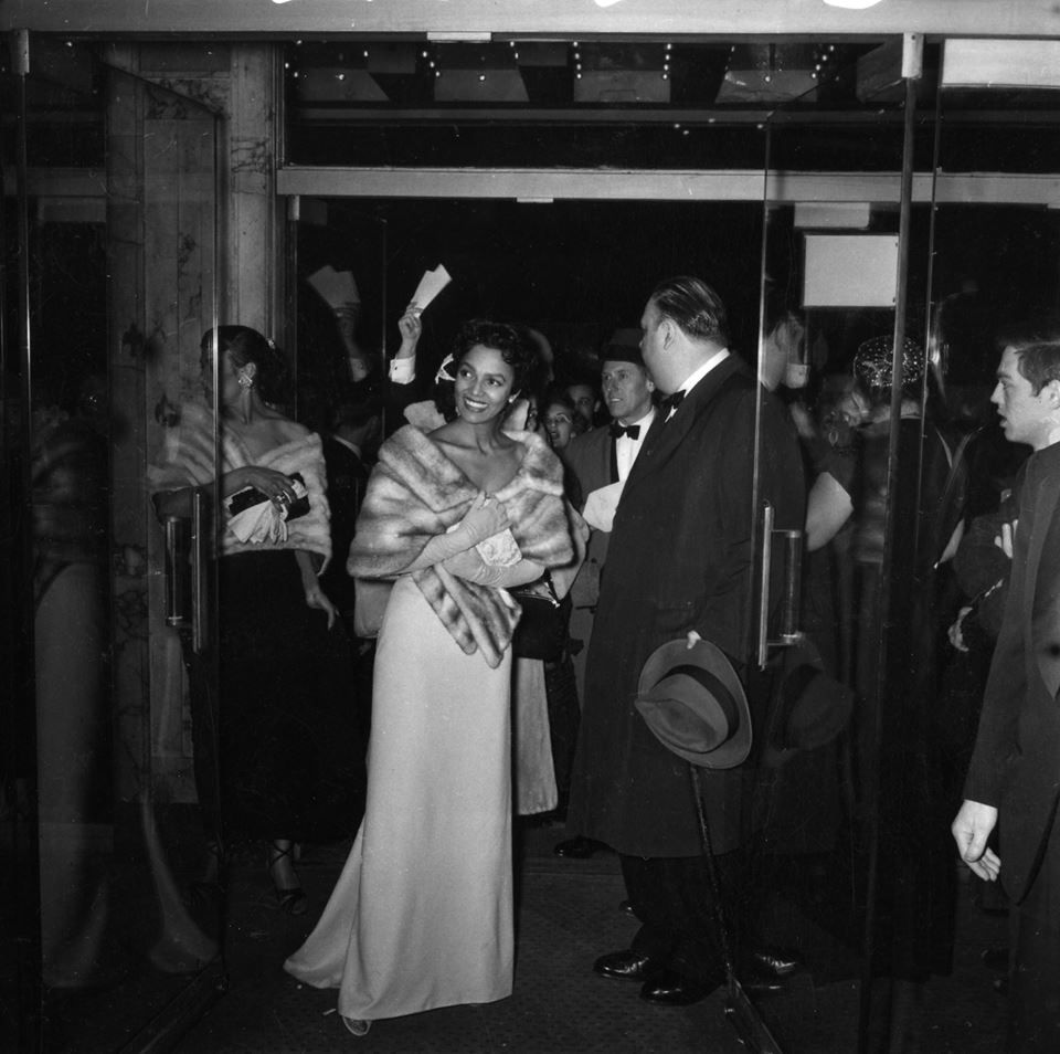 Dorothy Dandridge arrives at the Academy Awards ceremony in 1955, where we was the first African American actress to receive a nomination for Best Actress