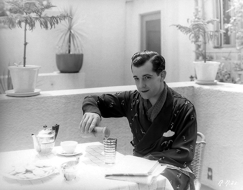 ramon-novarro-breakfast.jpg