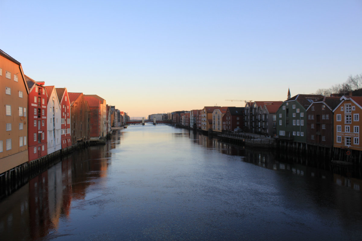 NIdelva (Nid River) and Trondheim Old Town