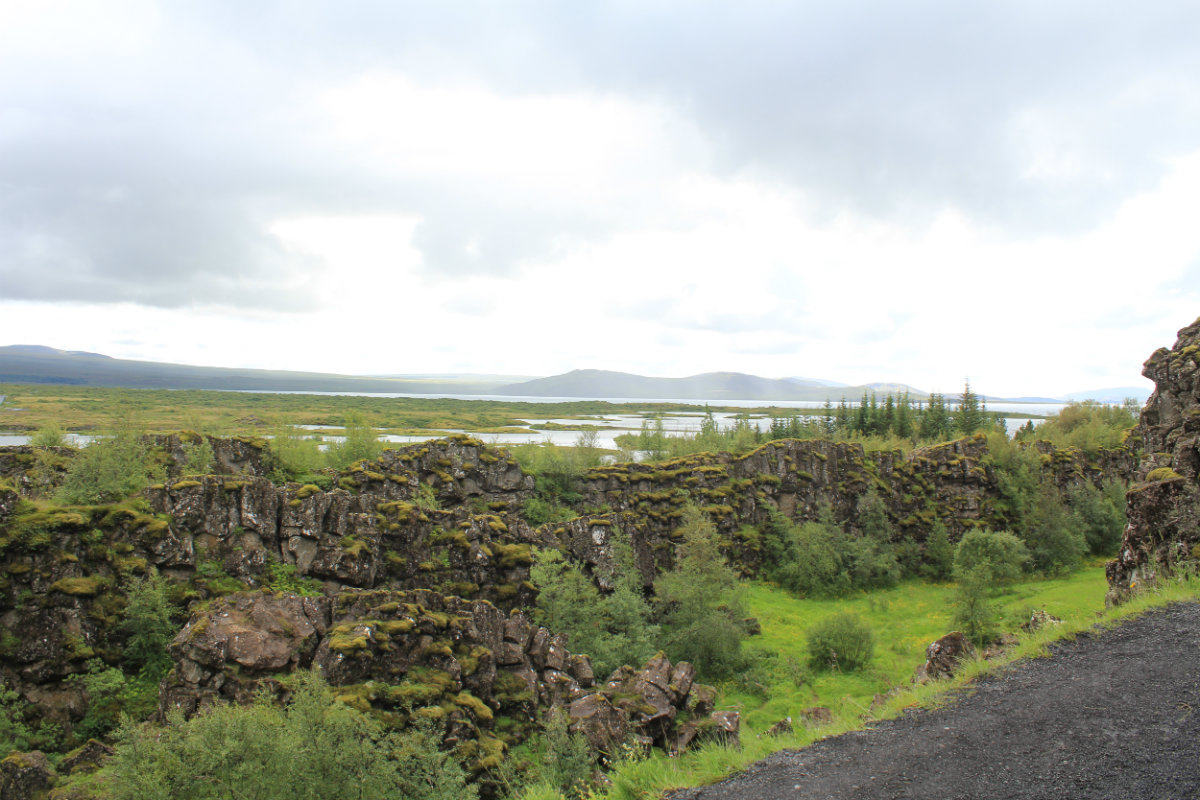 Þingvellirvatn (Lake Þingvellir). This view is also used in GOT (apparently they digitally removed the hills).