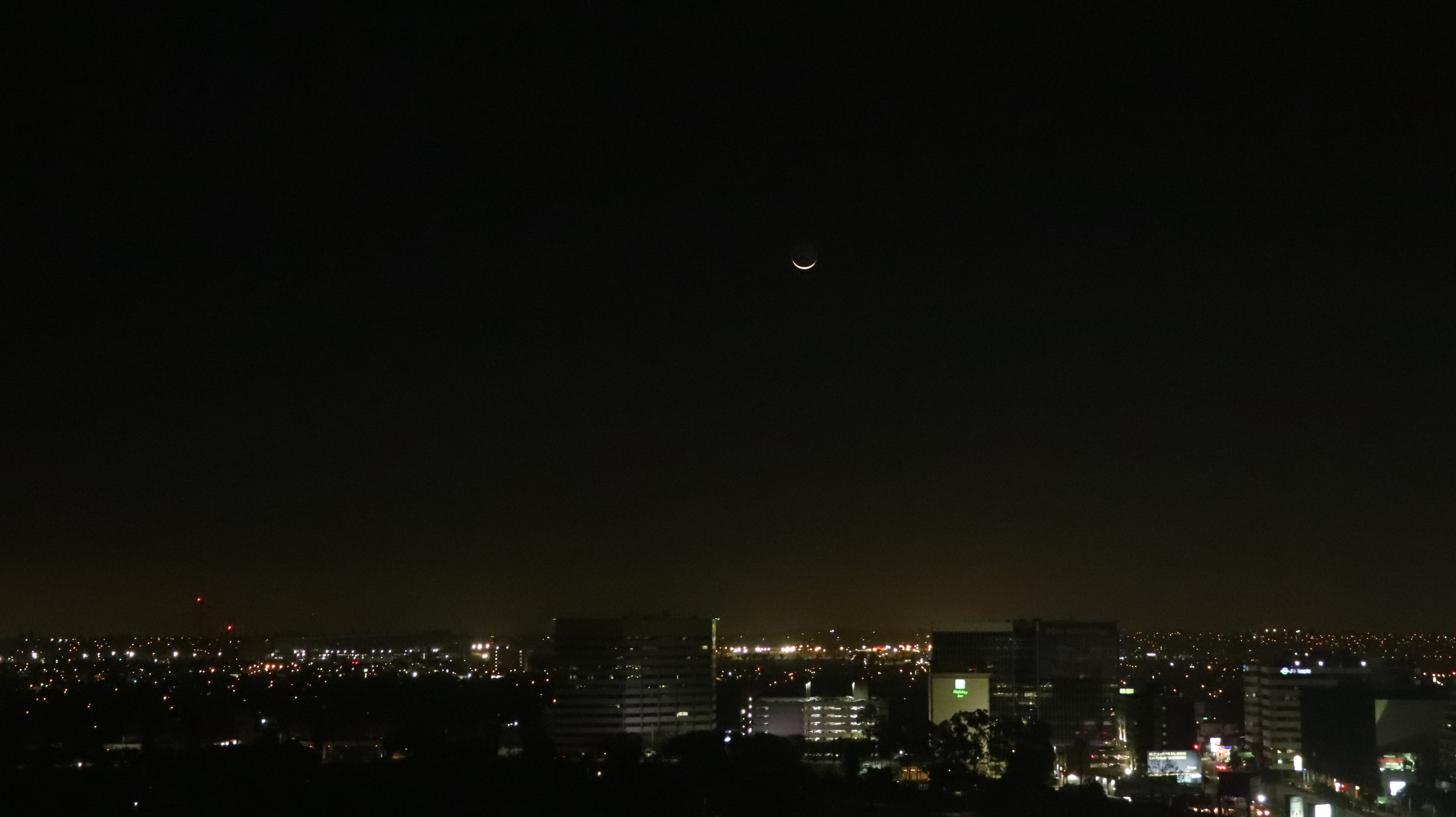 Moonrise over Los Angeles at 5:30am