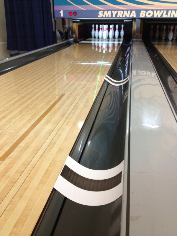 An example of using paper markers in the gutter to show the location of specific distances.