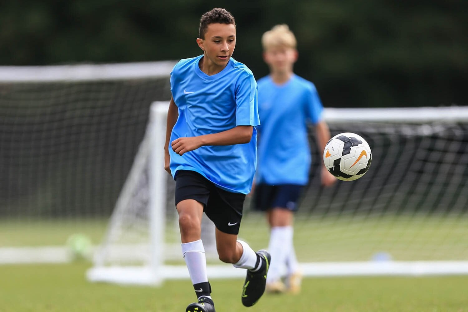 Invitación Cumbre Conectado  Nike Football Camps at Lancing College — Euro Sports Camps