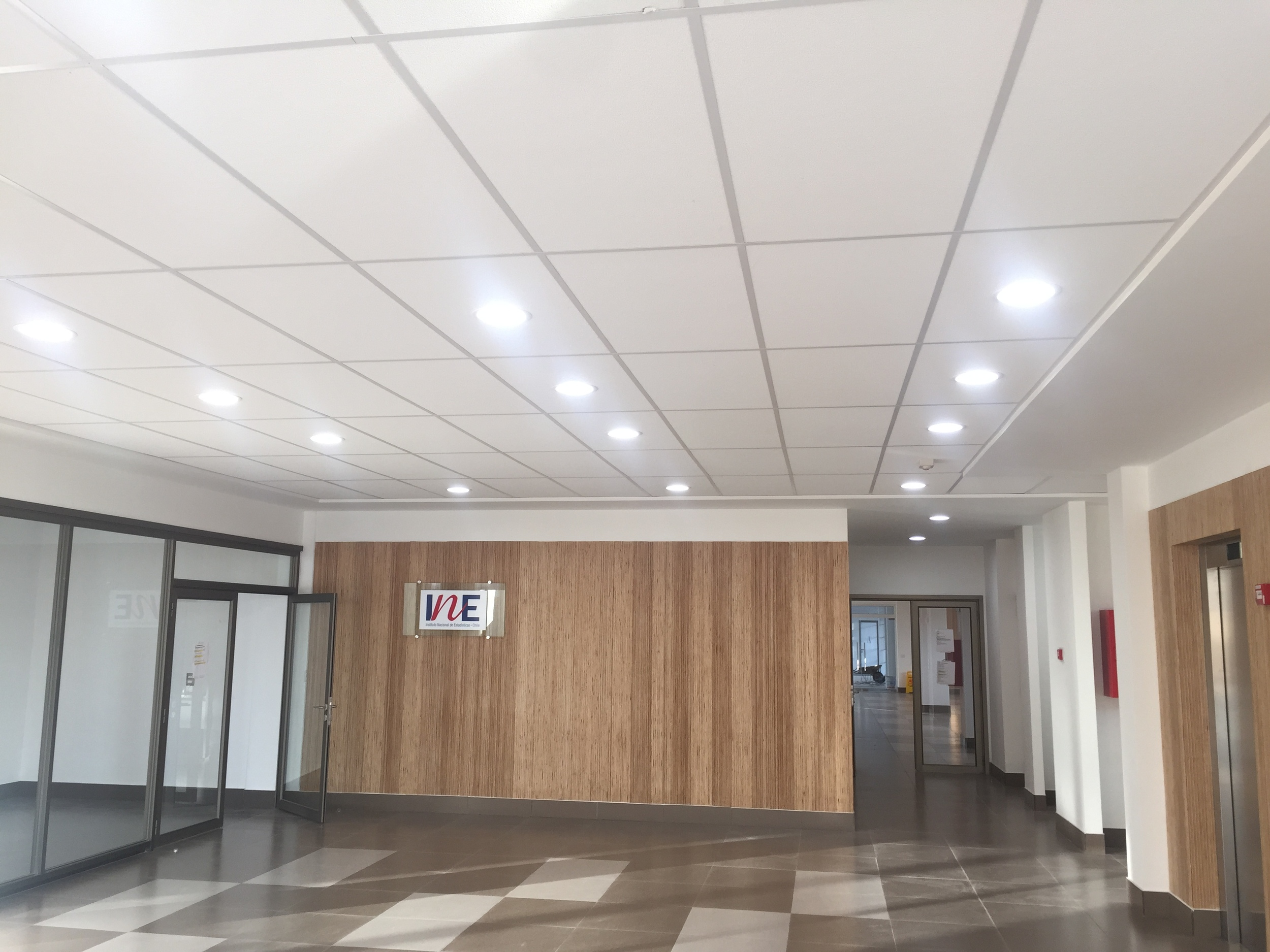 Edificio Servicios Públicos Curicó5.JPG