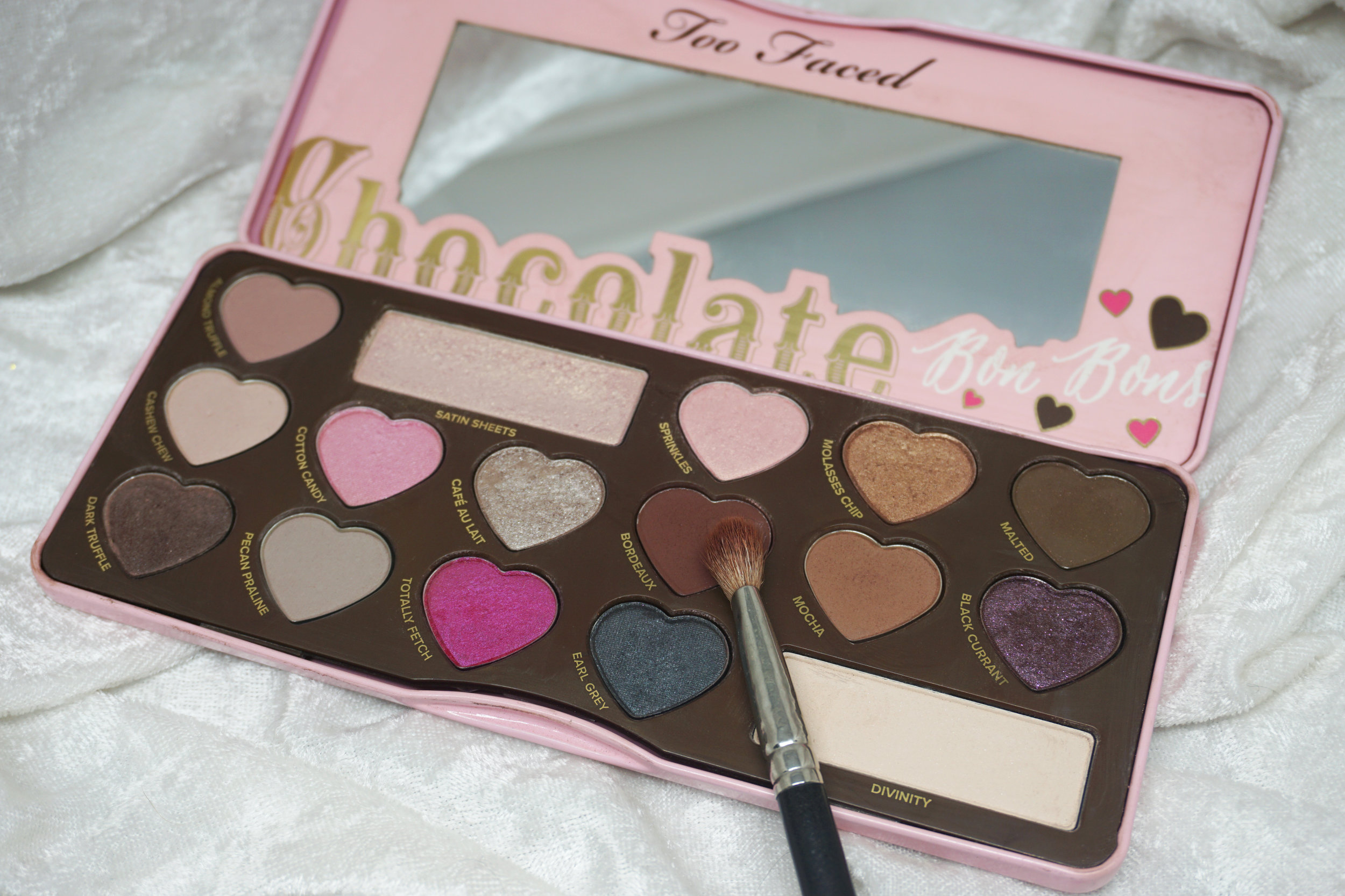 Emily Essentially | 5 Eye Shadow Palettes Every Girl Should Own | Too Faced Chocolate Bon Bons Palette
