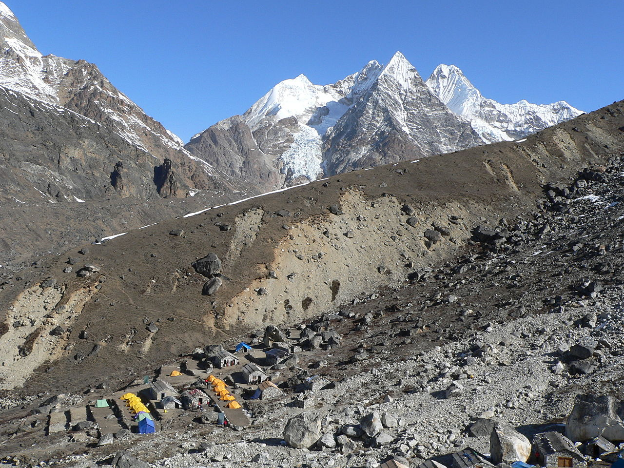 Mera_Peak_Base_Camp,_Nepal_2007.JPG