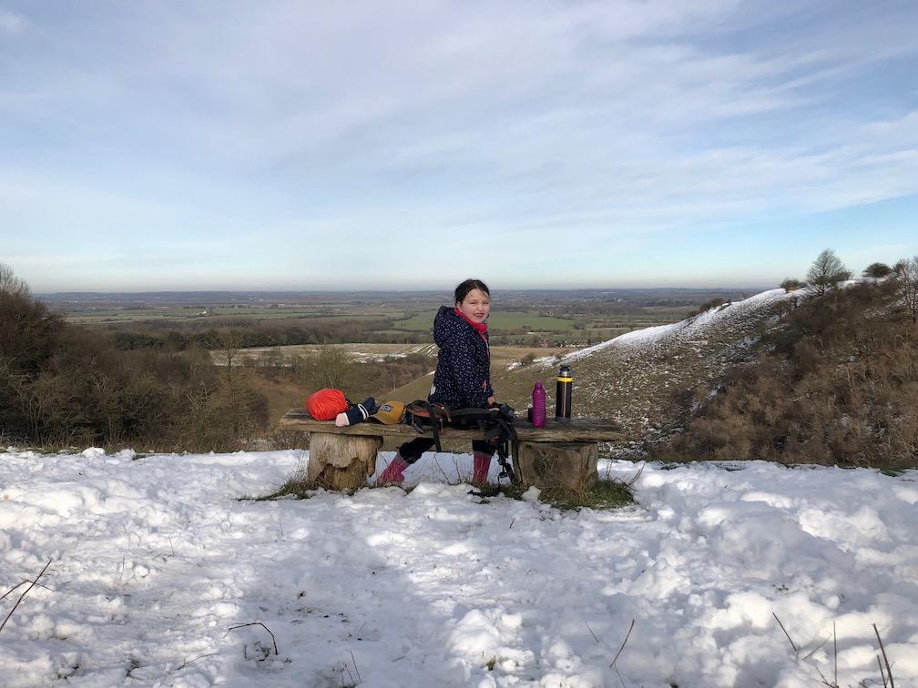 chilterns pegsdon hills walk snow deacon hill winter hiking.jpg