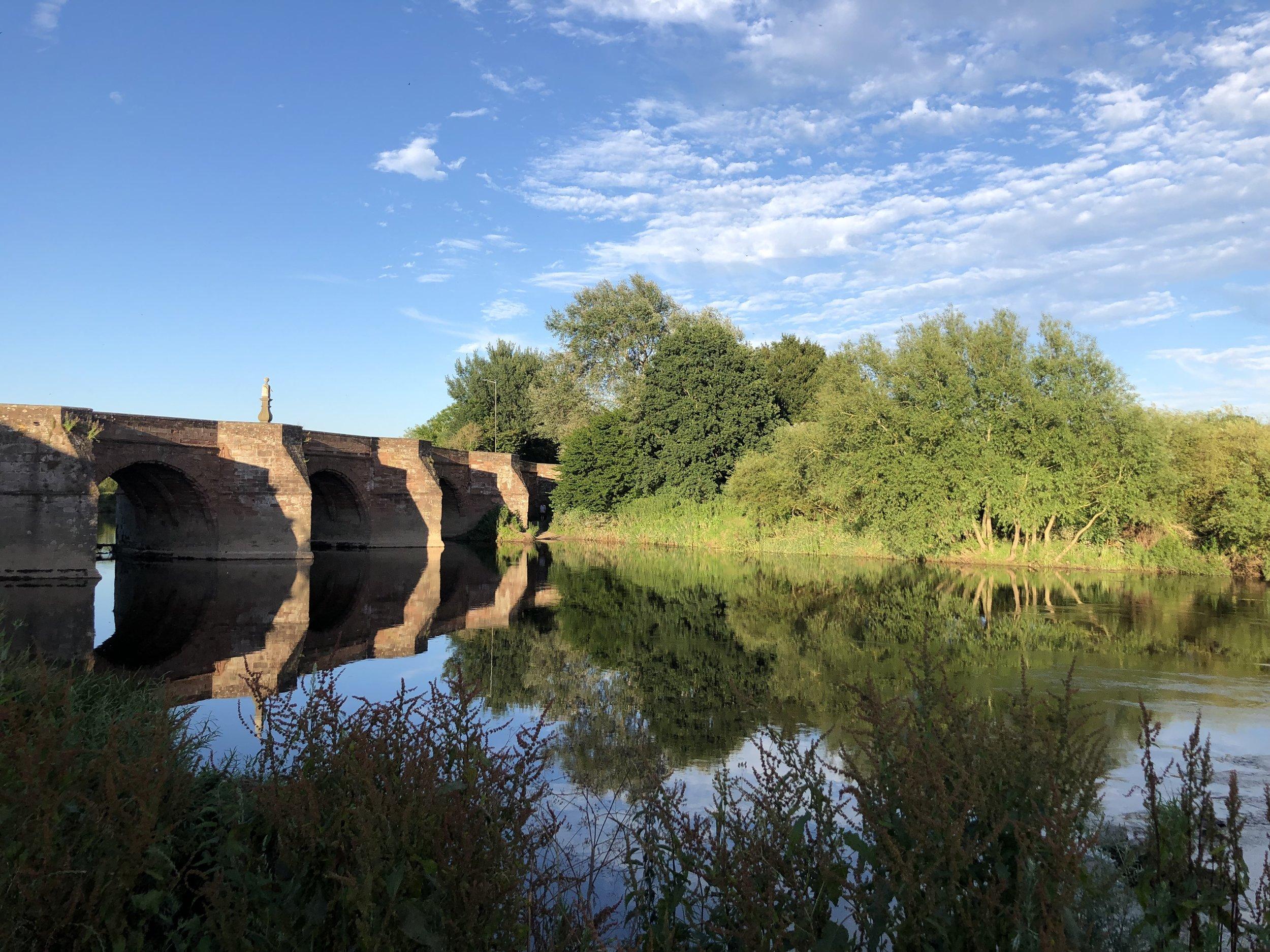canoeing wye river synods yet ross on wye hoarwithy kayak canoe camping adventure bridges evening light.JPG