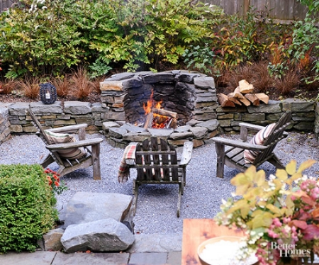 Outdoor fireplace idea found on Pinterest pinned from Better Homes and Garden.