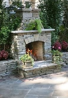Pinterest image originally pinned from standout-fireplace-designs.com