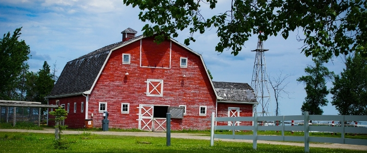 barn restoration ontario.jpg