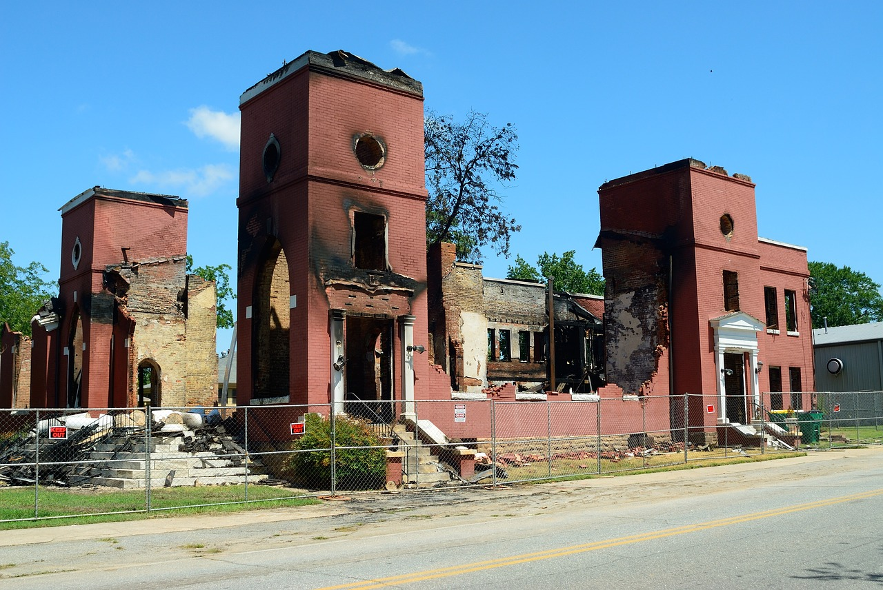 fire-damage-1744723_1280.jpg