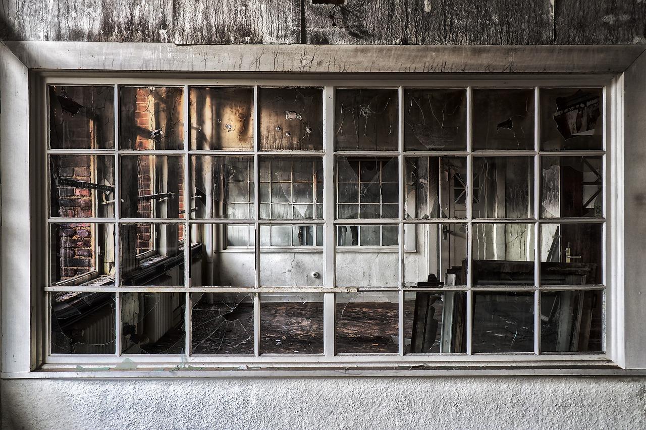 window-3290705_1280.jpg