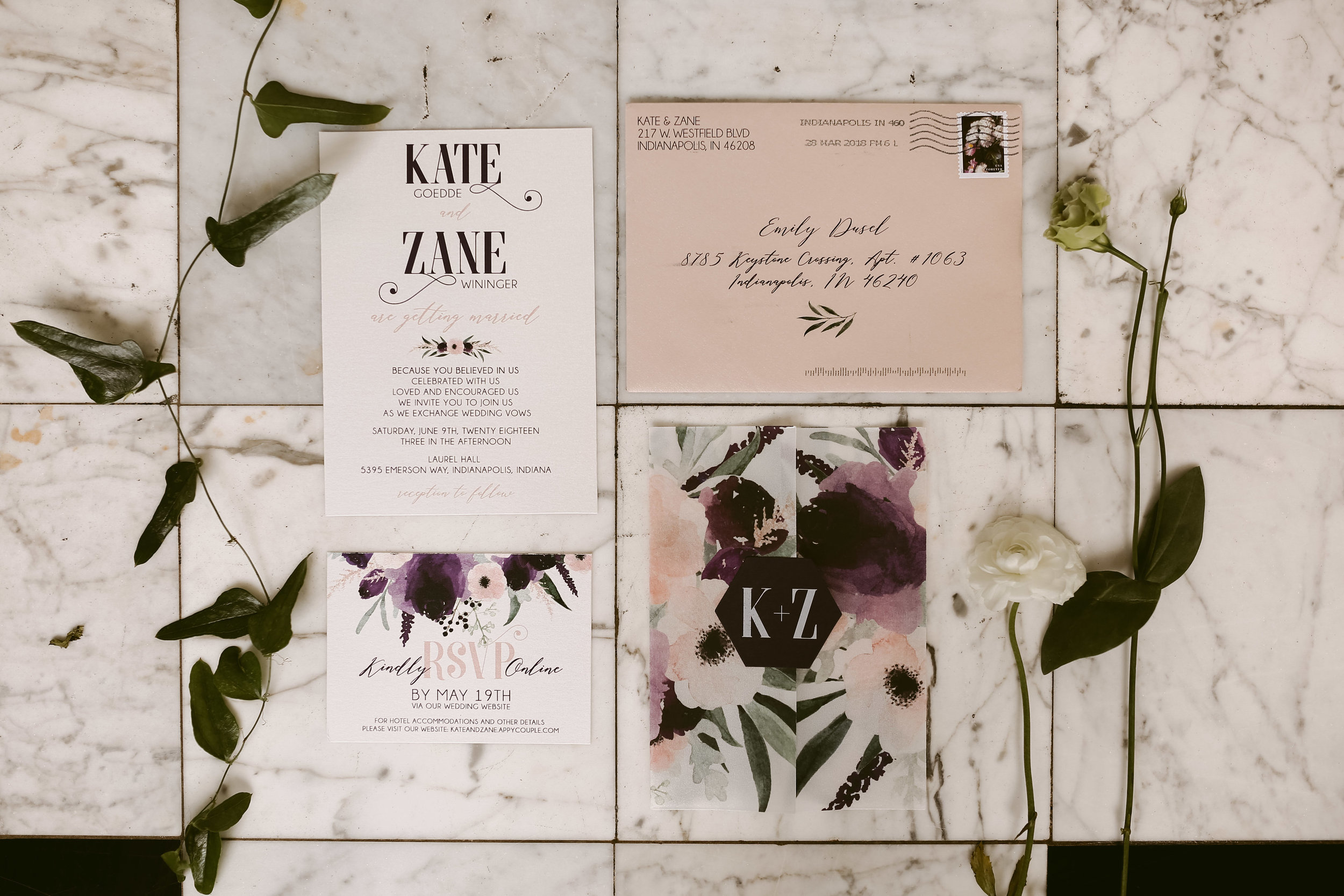 Vellum wraps are such a modern, and unique way to contain all the various pieces of your invitation suite. They can be plain, matte or shimmer vellum - or fully custom designed.