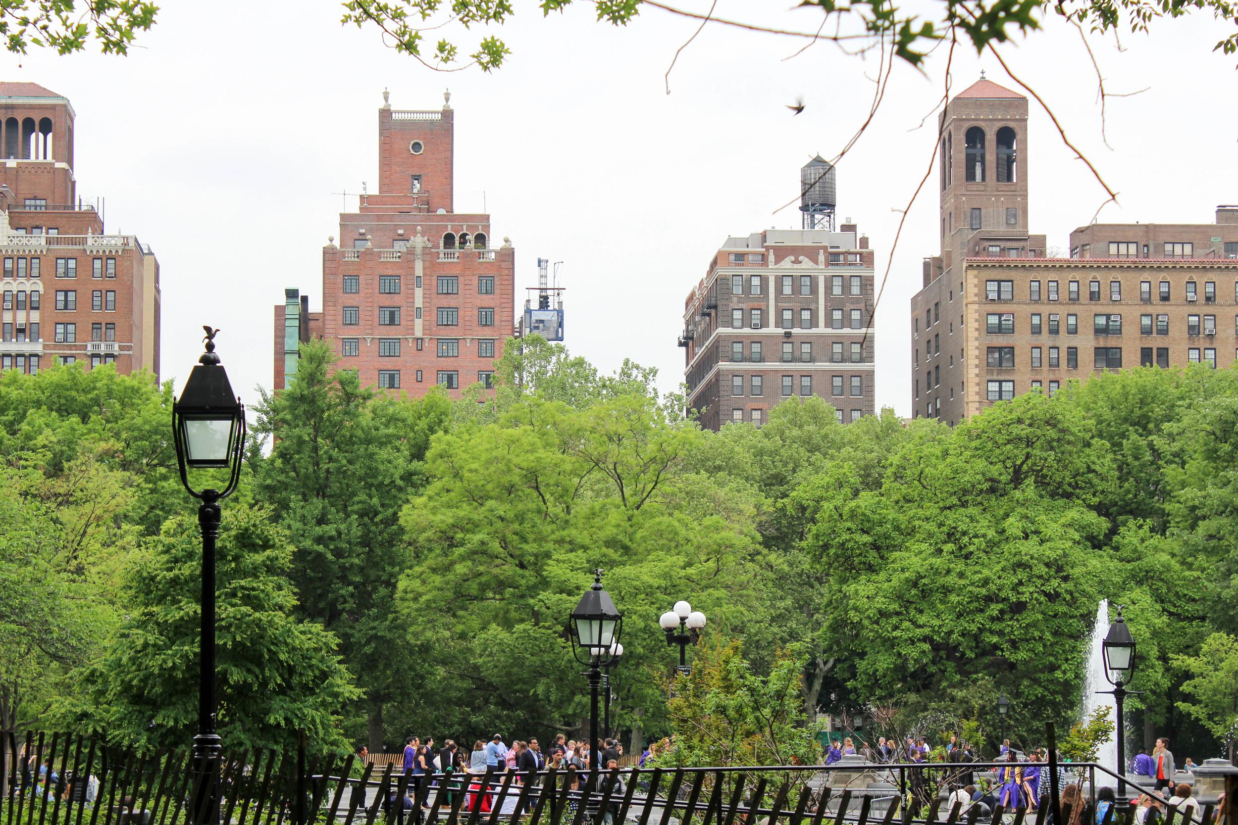 Washington Square Park, Midtown, Manhattan, New York City, New York, USA | www.DoLessGetMoreDone.com |