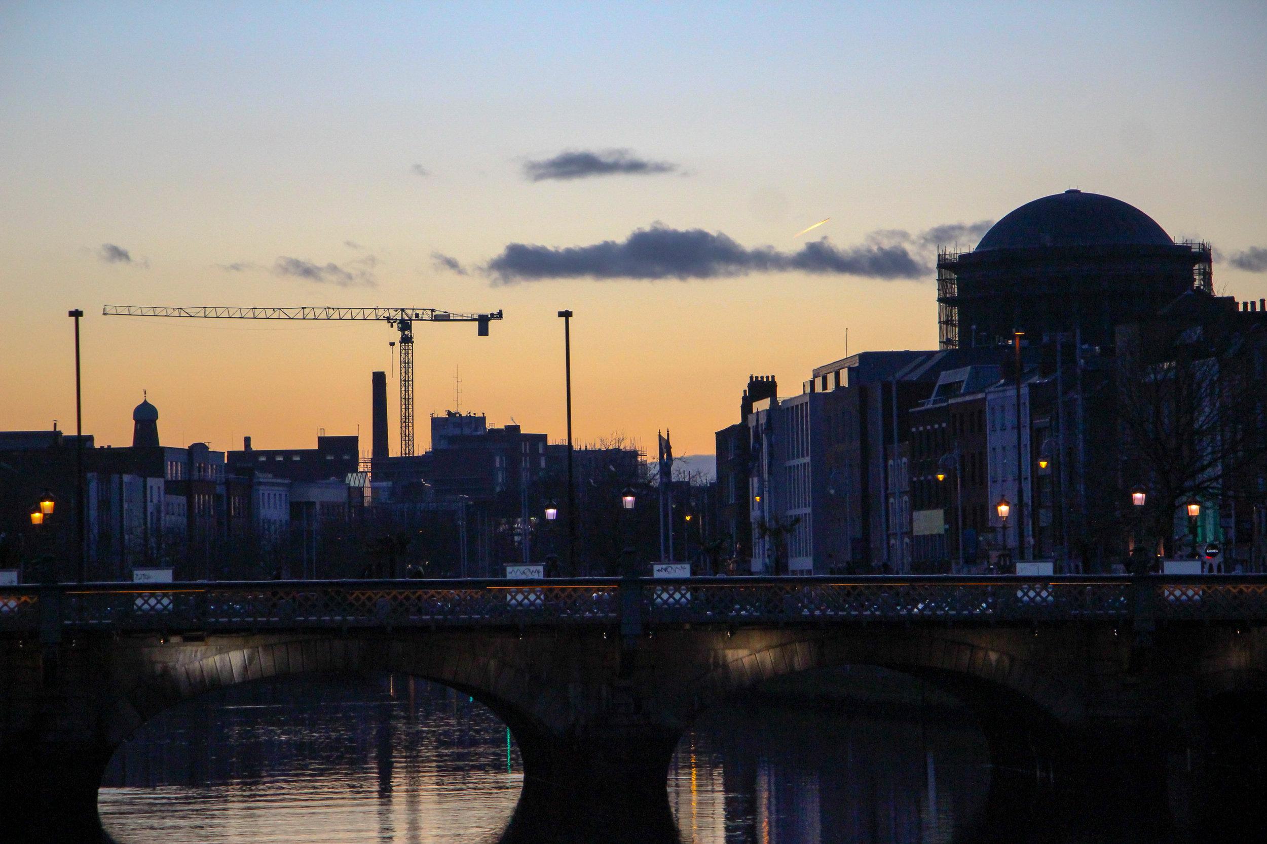 River Liffey, Dublin, Ireland, Europe | www.DoLessGetMoreDone.com |