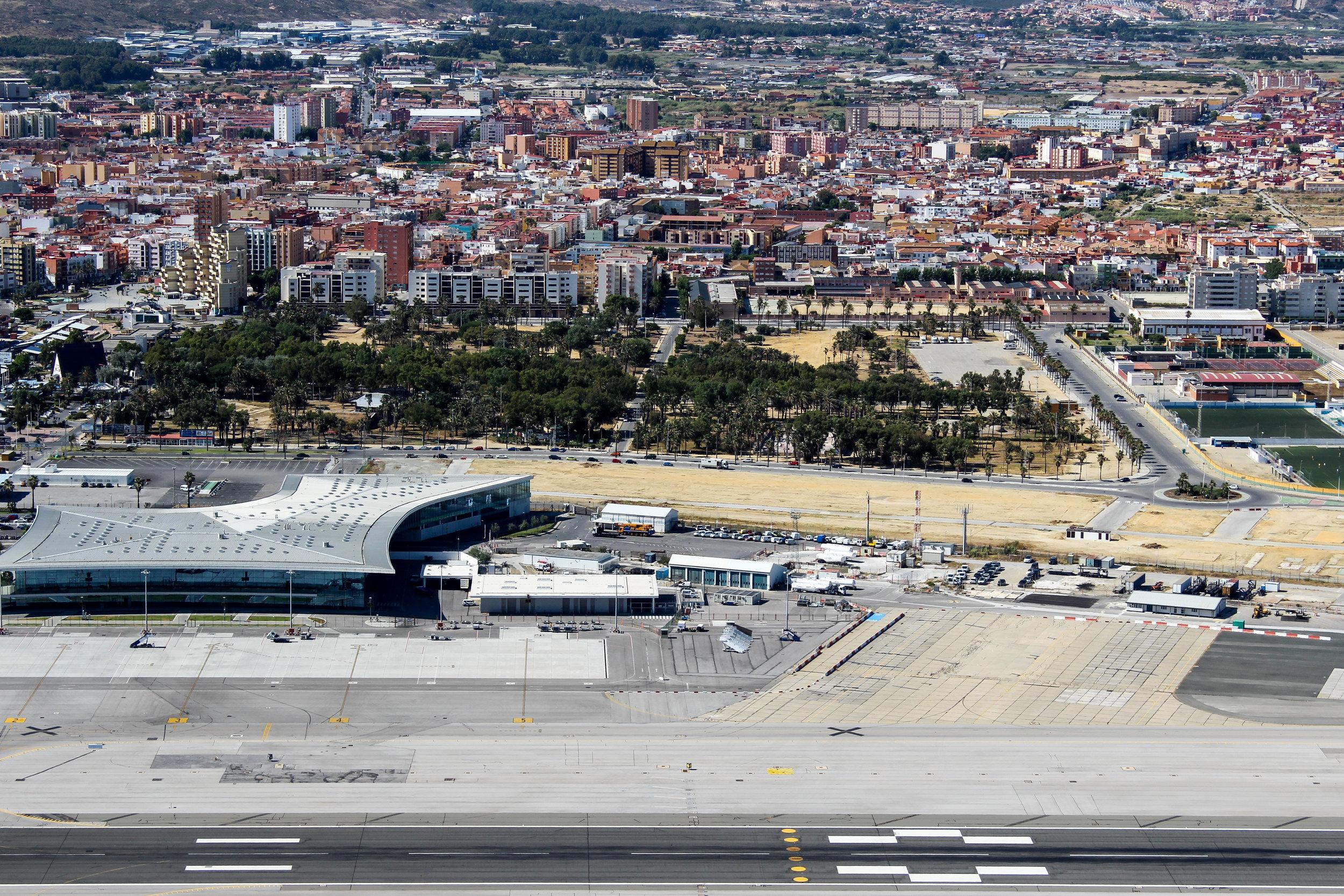 La Linea de la Concepcion, Cádiz, Andalusia, Spain, Mediterranean Sea, Gibraltar International Airport, Gibraltar, British Overseas Territory, Europe | www.DoLessGetMoreDone.com |