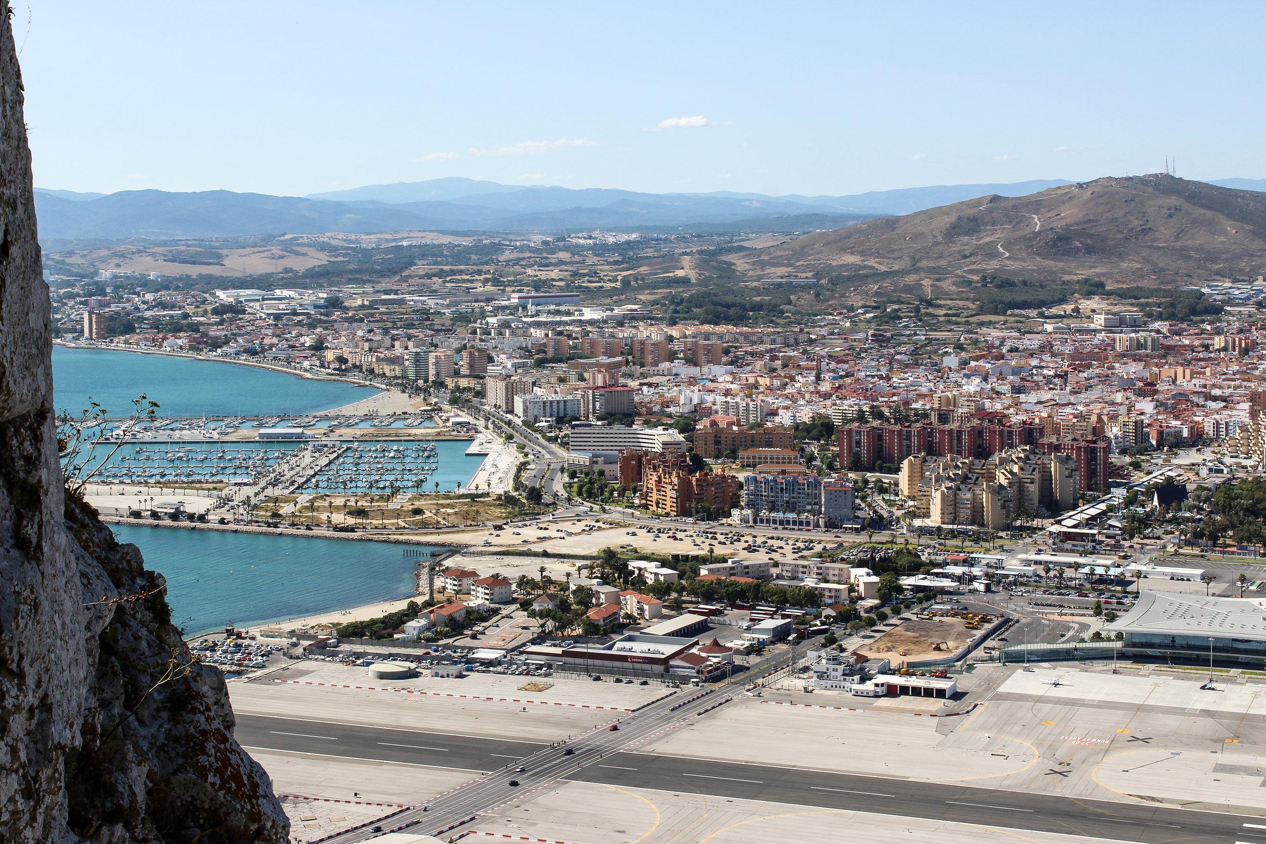 Gibraltar-Spain border, La Linea de la Concepcion, Cádiz, Andalusia, Spain, Mediterranean Sea, Gibraltar International Airport, Gibraltar, British Overseas Territory, Europe  | www.DoLessGetMoreDone.com |