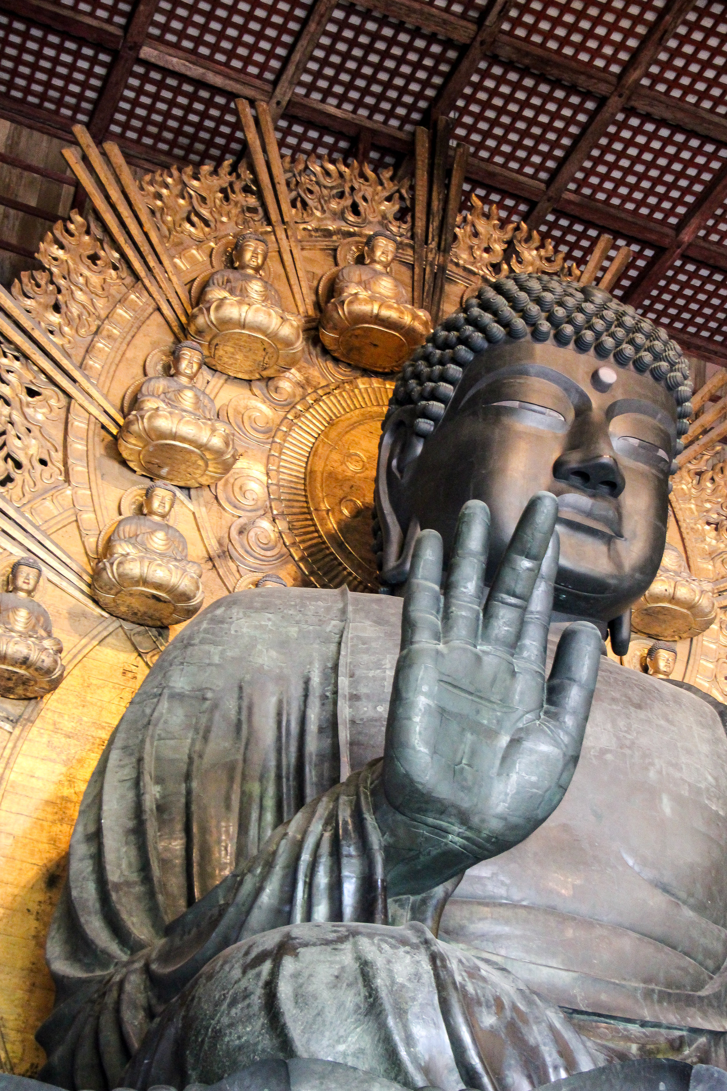 Todaiji Temple, Nara, Japan, Asia | DoLessGetMoreDone.com | Where Do You Feel Right At Home?