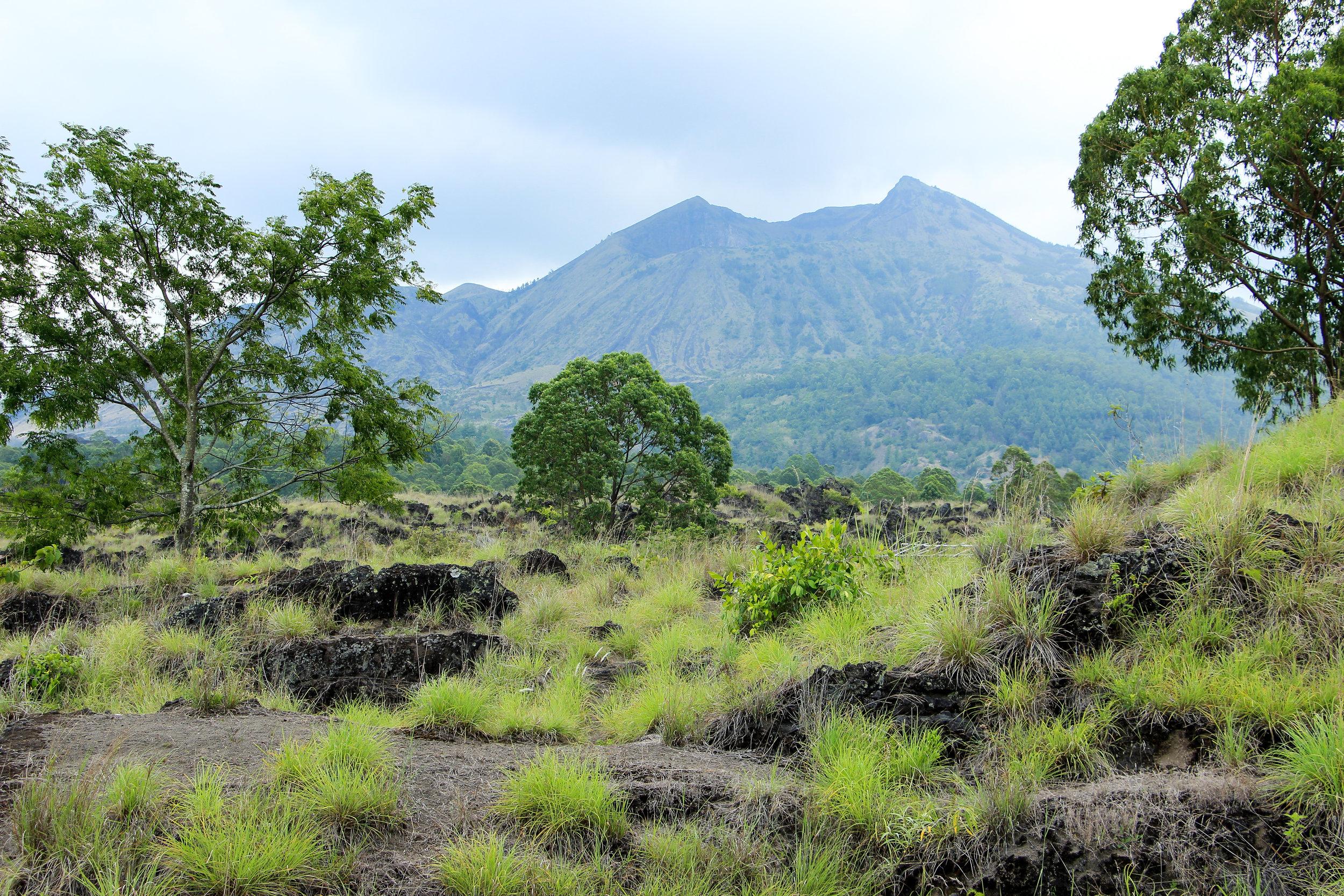 Mount Agung, volcano, Bali, Asia | DoLessGetMoreDone.com |