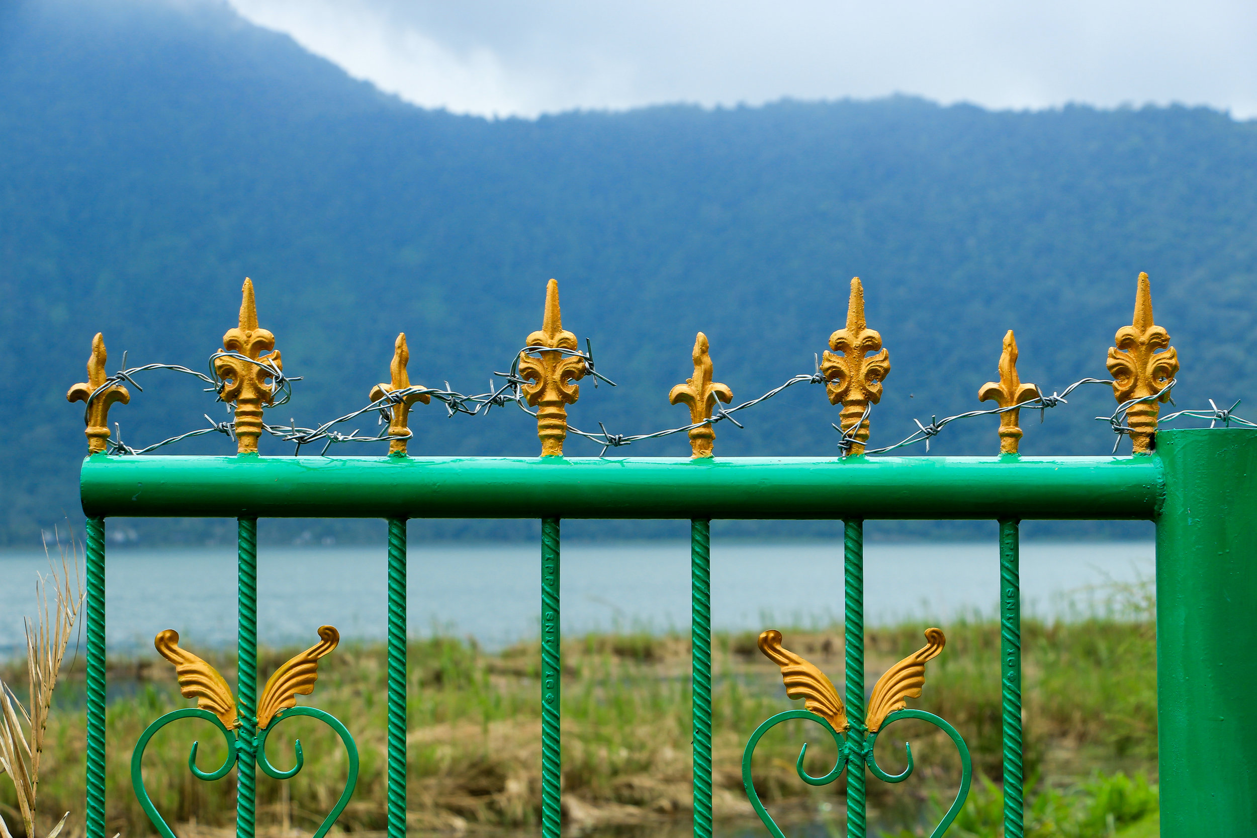 Lake Bratan, Bali, Indonesia, Asia | DoLessGetMoreDone.com |