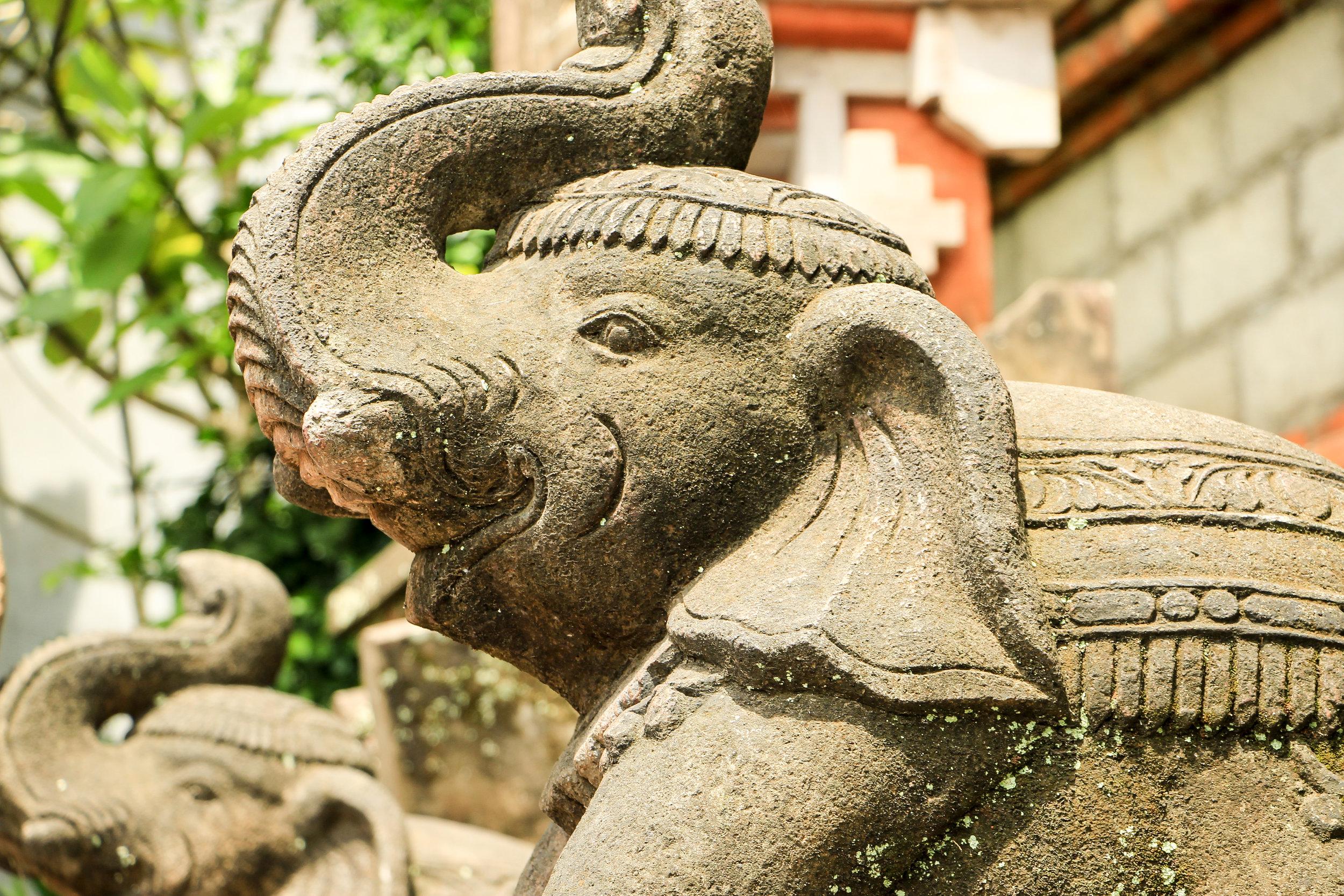 Balinese Hindu temple, UBUD, BALI, ASIA | DOLESSGETMOREDONE.COM |