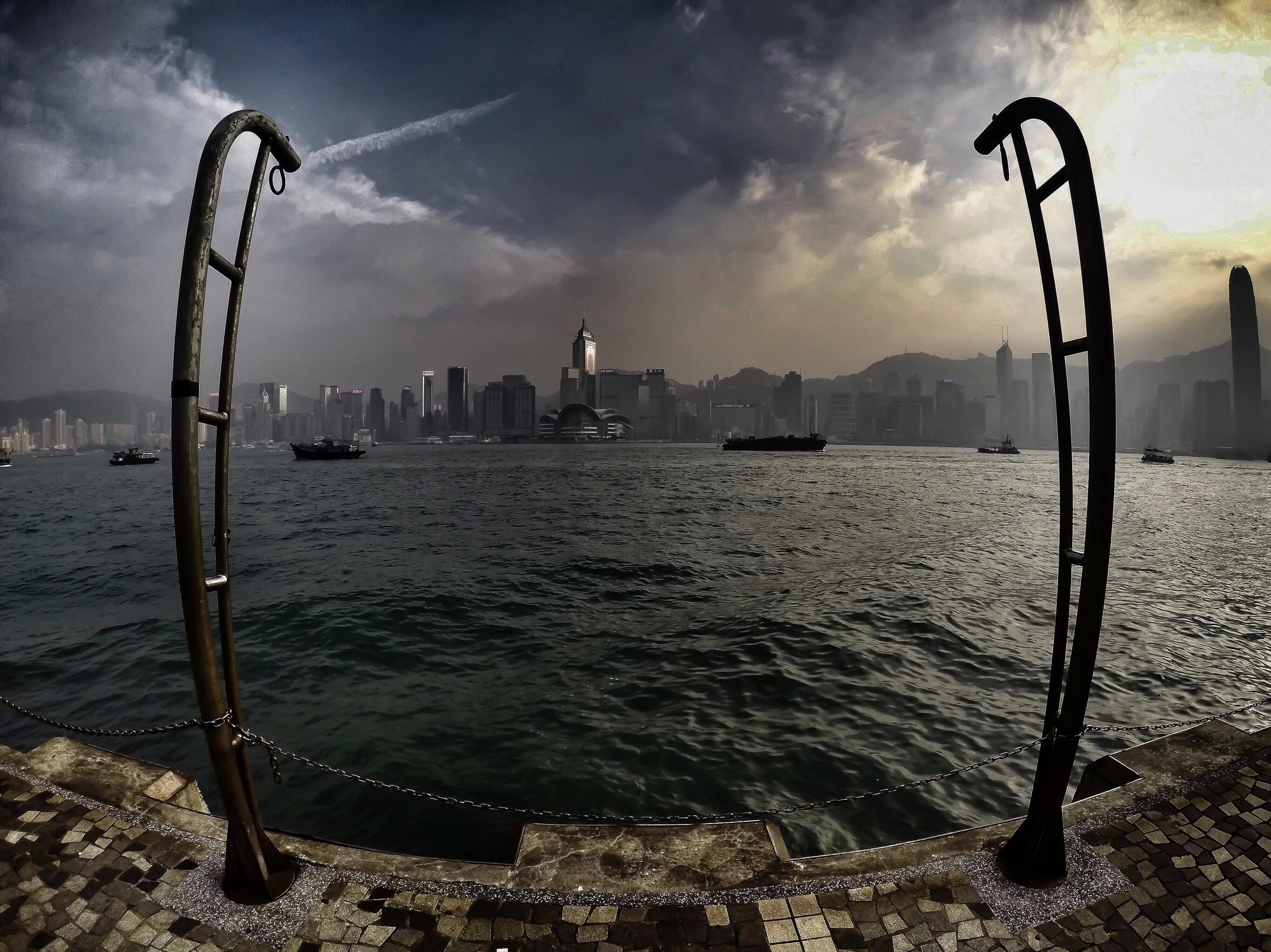 HONG KONG, KOWLOON, HONG KONG ISLAND, SOUTH CHINA SEA, victoria harbor, ASIA | DOLESSGETMOREDONE.COM |
