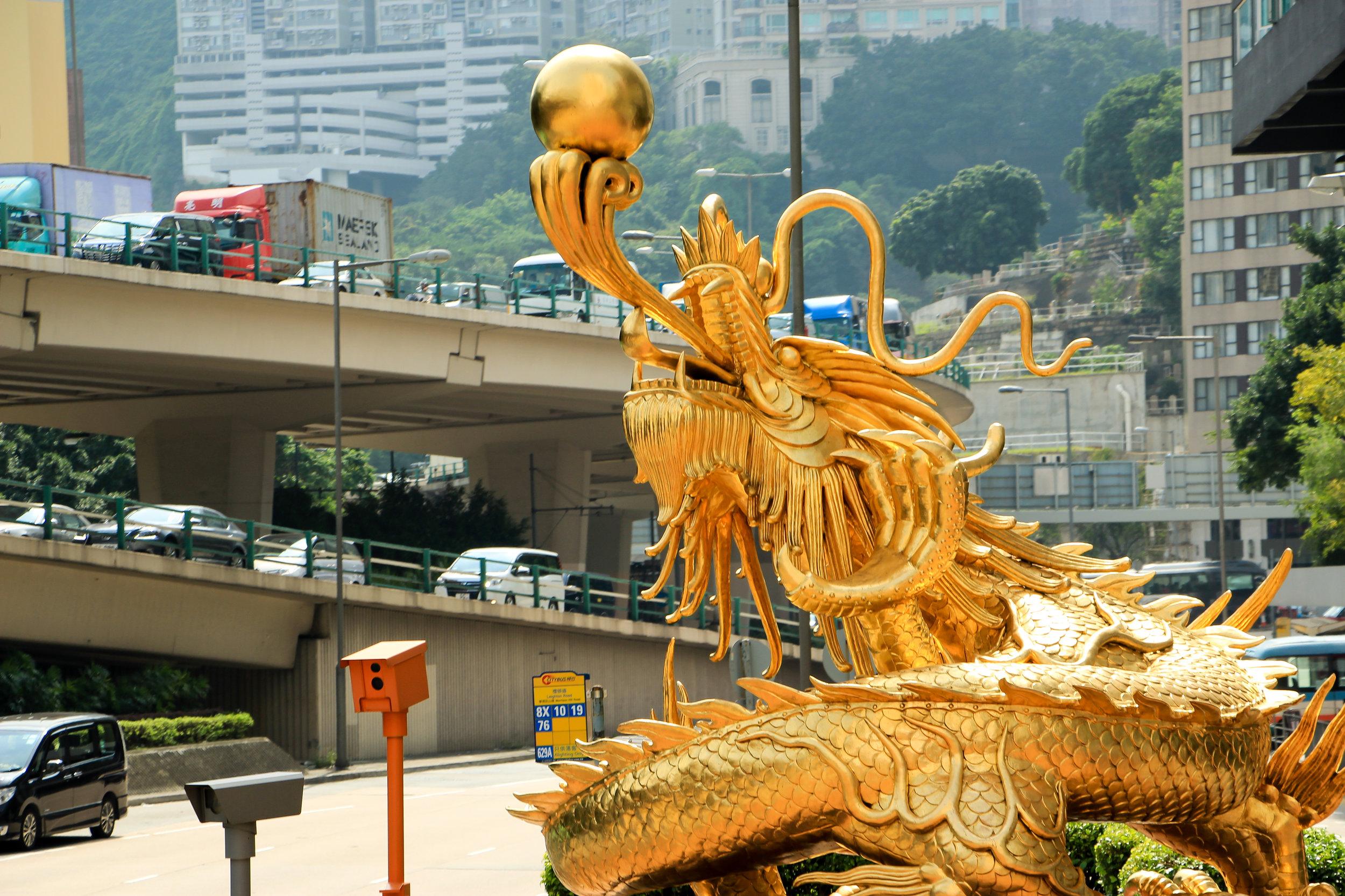 Hong Kong, Hong Kong Island, unsustainable traffic, Asia | DoLessGetMoreDone.com |