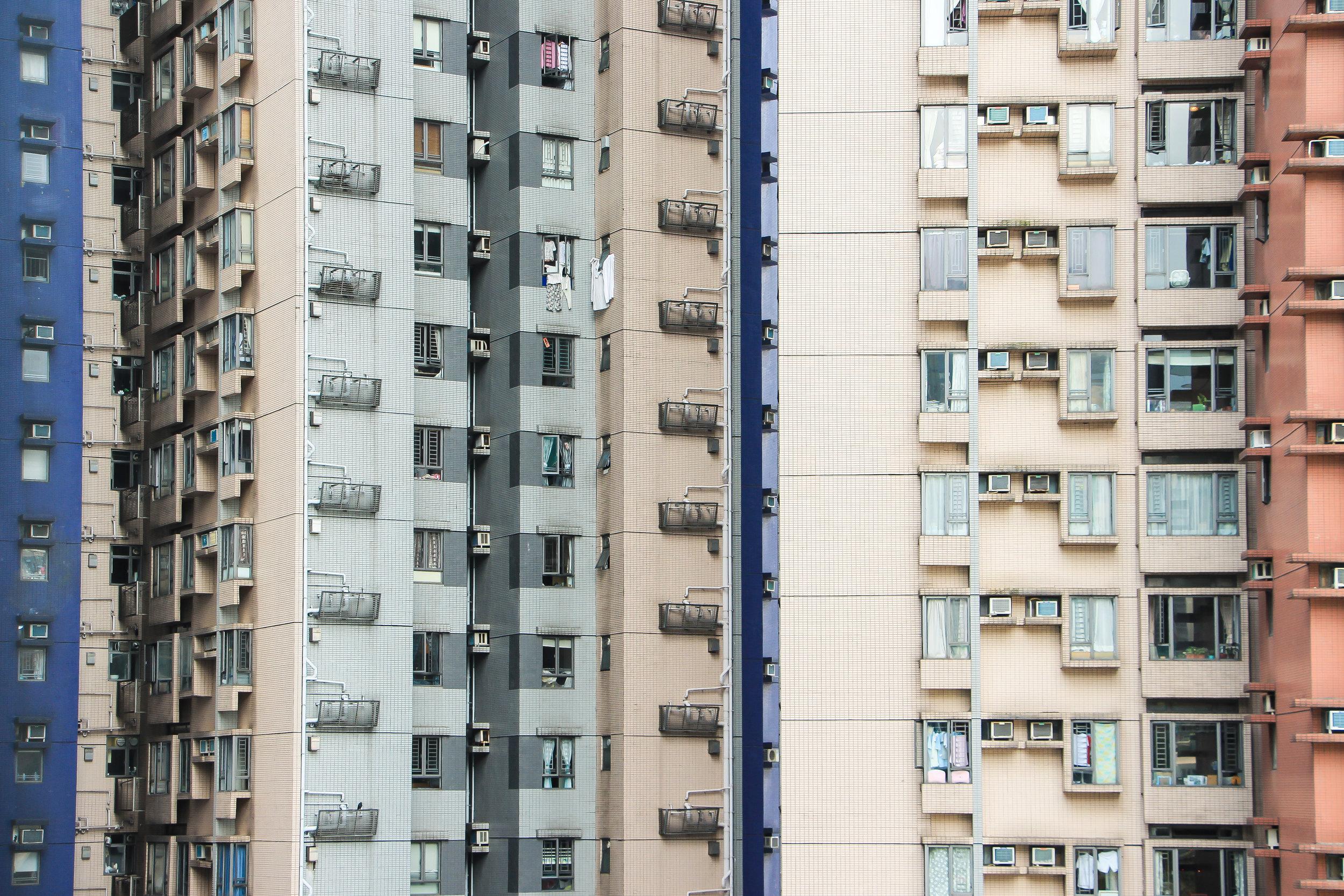 HONG KONG, HONG KONG ISLAND, ARCHITECTURE, MINIMAL, ASIA | DOLESSGETMOREDONE.COM |
