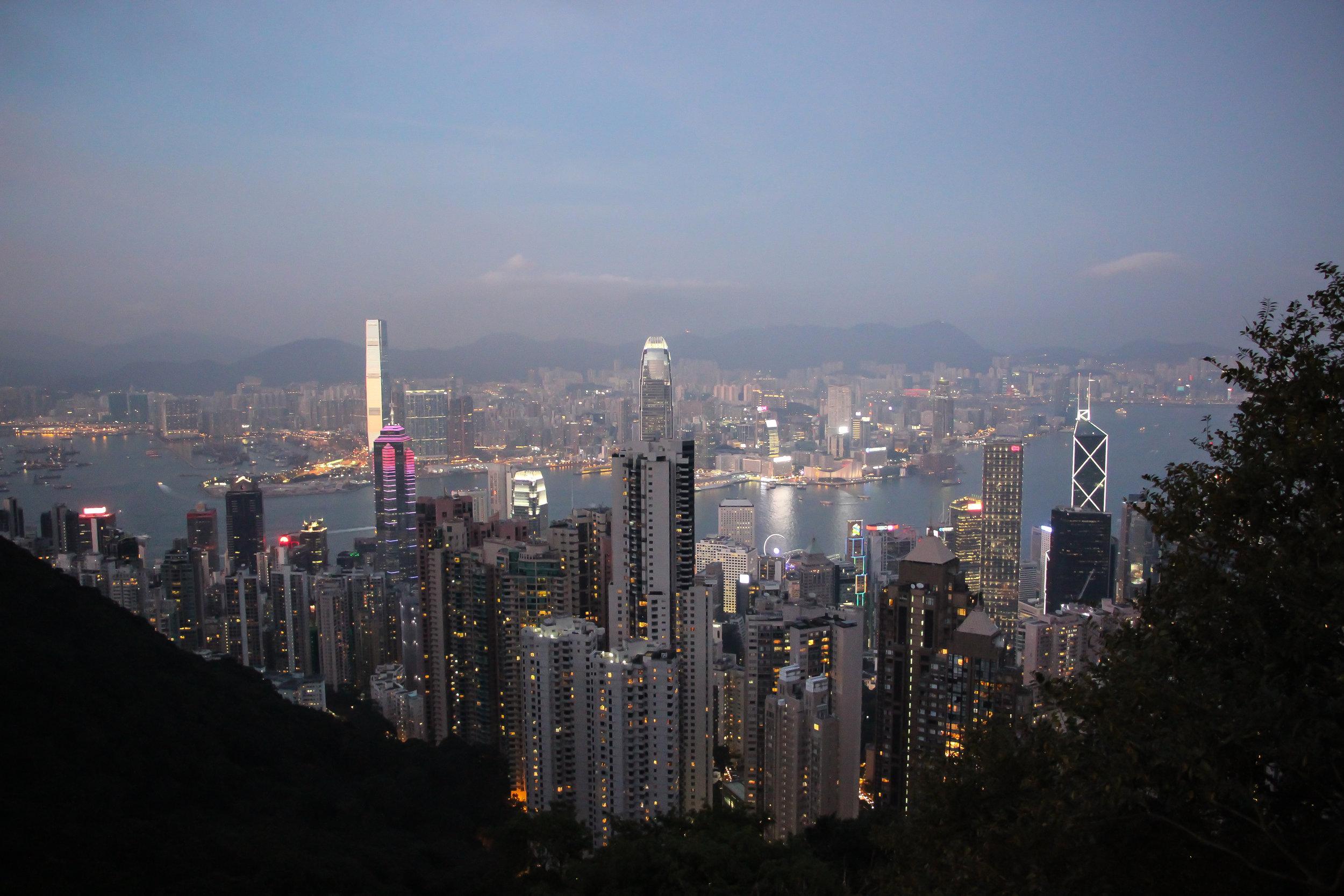 HONG KONG, HONG KONG ISLAND, kowloon, SOUTH CHINA SEA, VICTORIA PEAK, SUNSET, ASIA | DOLESSGETMOREDONE.COM |
