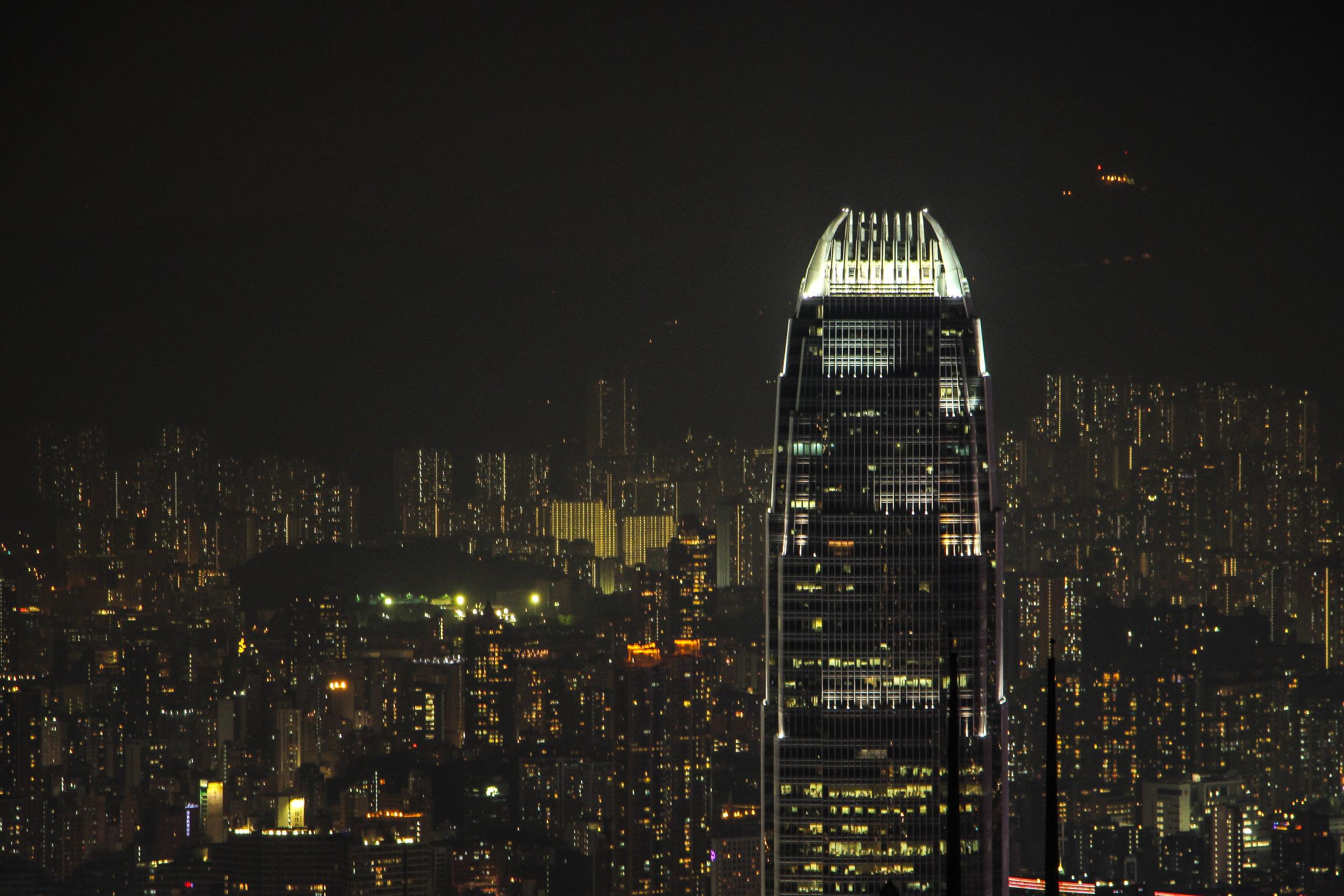 HONG KONG, HONG KONG ISLAND, KOWLOON, SOUTH CHINA SEA, VICTORIA PEAK, NIGHTLIGHT, ASIA | DOLESSGETMOREDONE.COM |