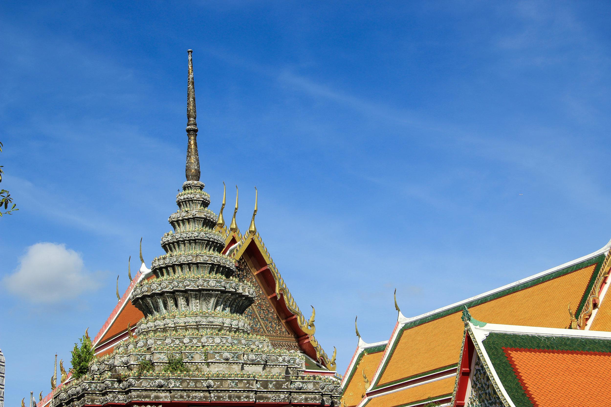 Wat Pho, Bangkok, Thailand, Asia | DoLessGetMoreDone.com | What A Wonderful Life In A Tropical Metropolis …