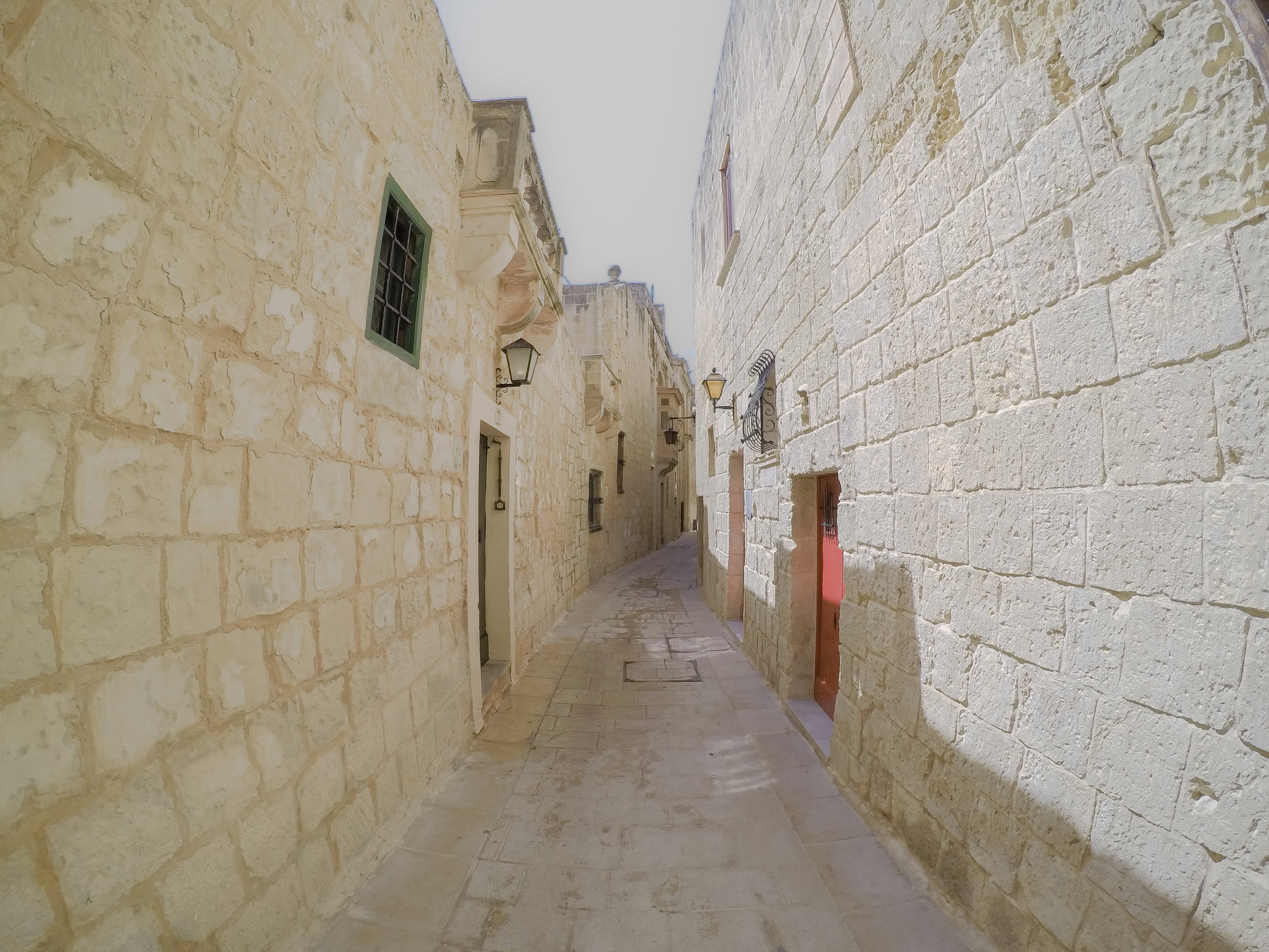 Medina | Streets of Malta | Mdina | - Thinking About Appreciation For Quality In Malta | Malta, Europe | DoLessGetMoreDone.com | - GoPro Minimal Travel Documentary Photography - search for Liveability | Sustainability