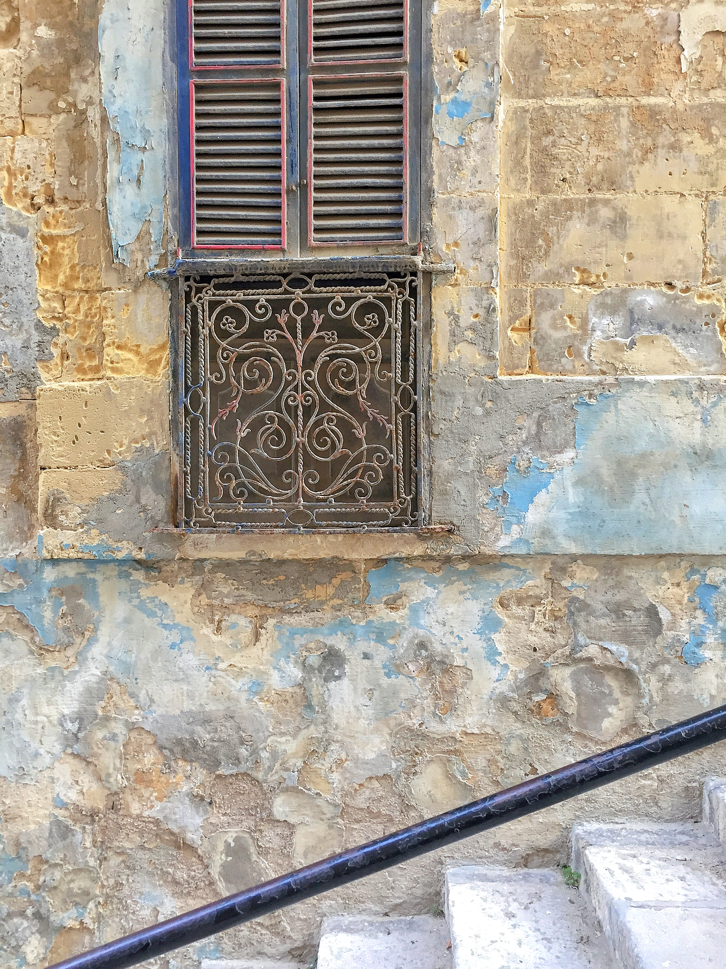 Maltese window | Senglea | - Thinking About Appreciation For Quality In Malta | Malta, Europe | DoLessGetMoreDone.com | - Travel Documentary Photography - search for Liveability | Sustainability