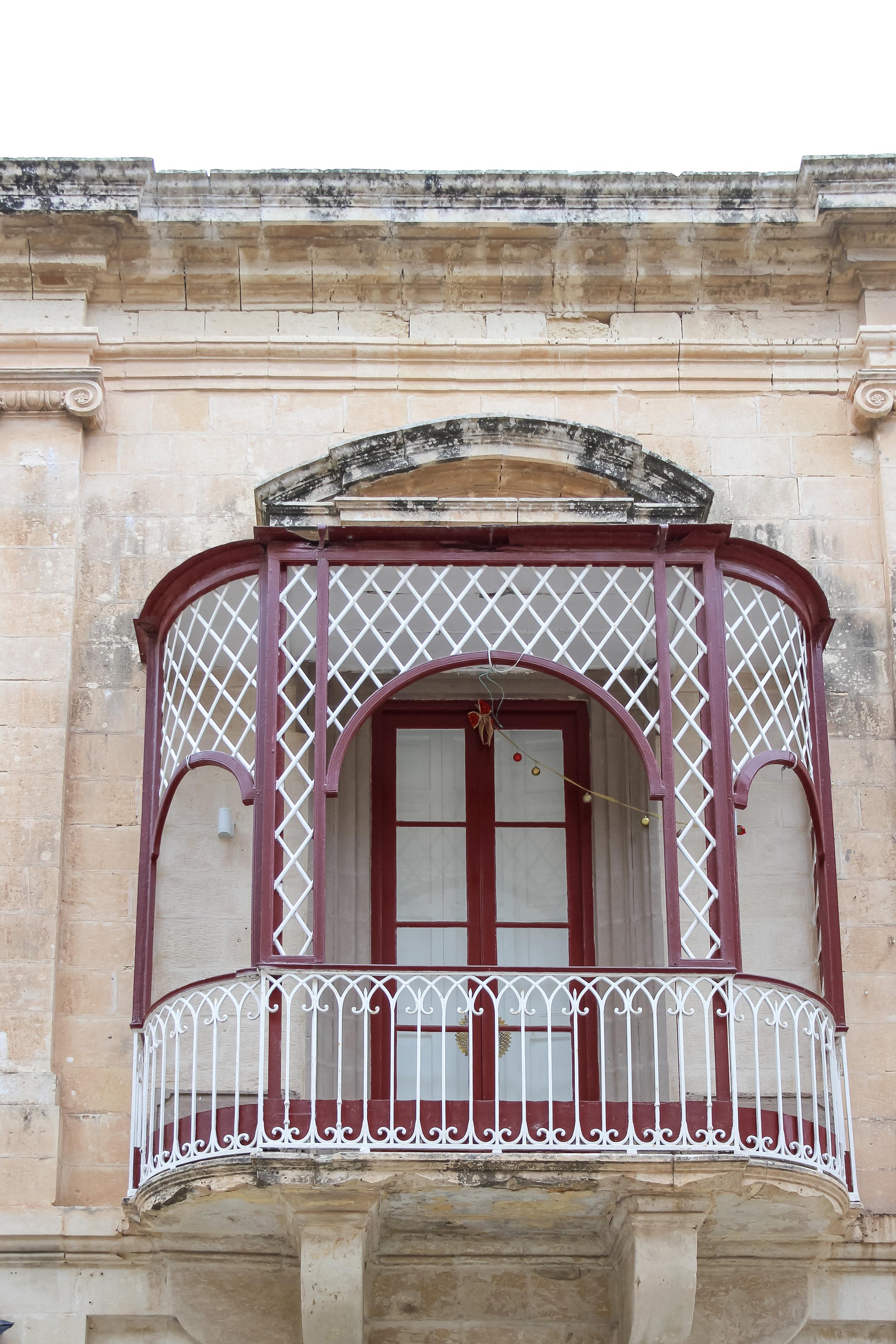 Maltese Balcony | Street of Malta | Mdina | - Thinking About Appreciation For Quality In Malta | Malta, Europe | DoLessGetMoreDone.com | - Canon Minimal Travel Documentary Photography - search for Liveability | Sustainability