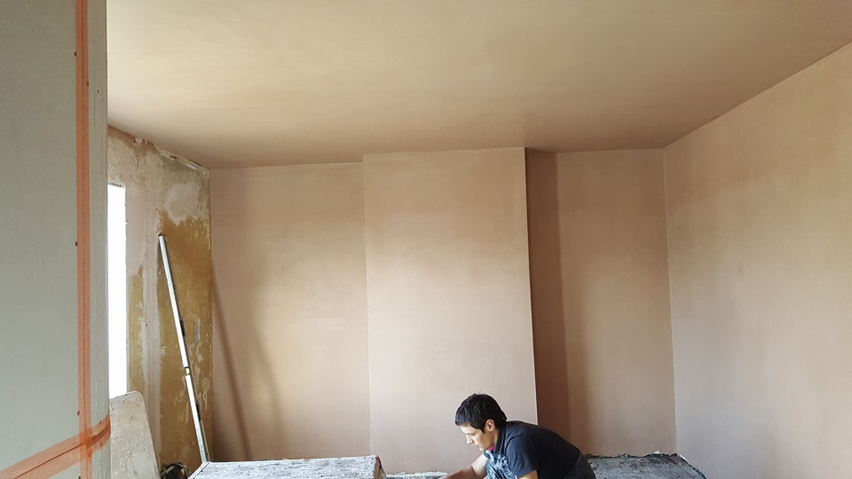 Front room plastering  Knowle Park, Bristol - ceiling and few walls done