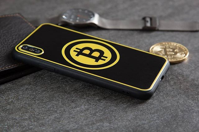 #bitcoin #iphonecase #iphone #swag #style #hip #luxury #mens #collection #photography #stilllifephotography #commercialphotography #money #follow #watch #followforfollowback