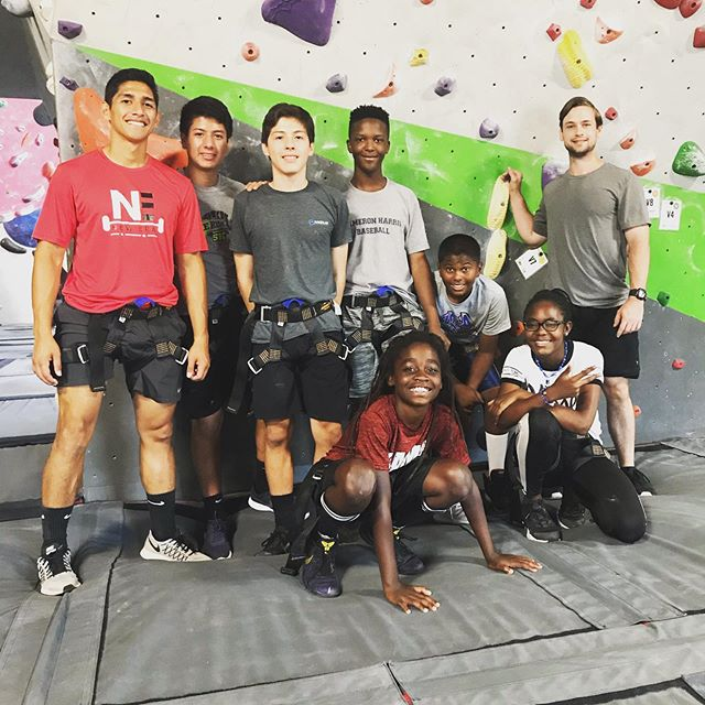 #fieldtripfriday Big shoutout to @innerpeaks for having us today! 😃🧗♂️