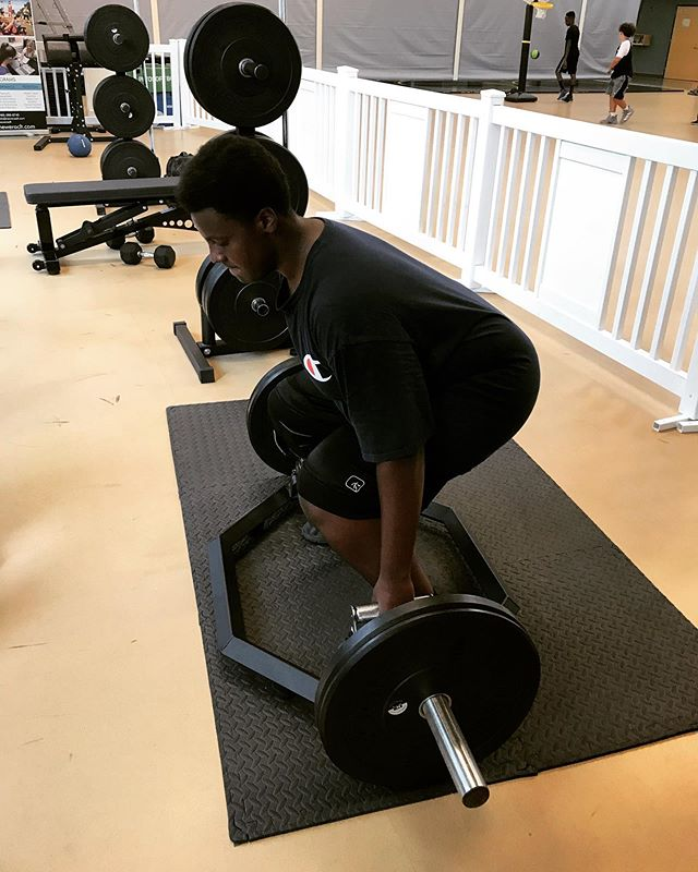 Recent @gocchs football commit, Jehiel, working on getting ready for the upcoming season by increasing overall strength (shown utilizing the hex bar deadlift exercise). Crazy to think that practices begin next week! 🏈💪#byesummer2019